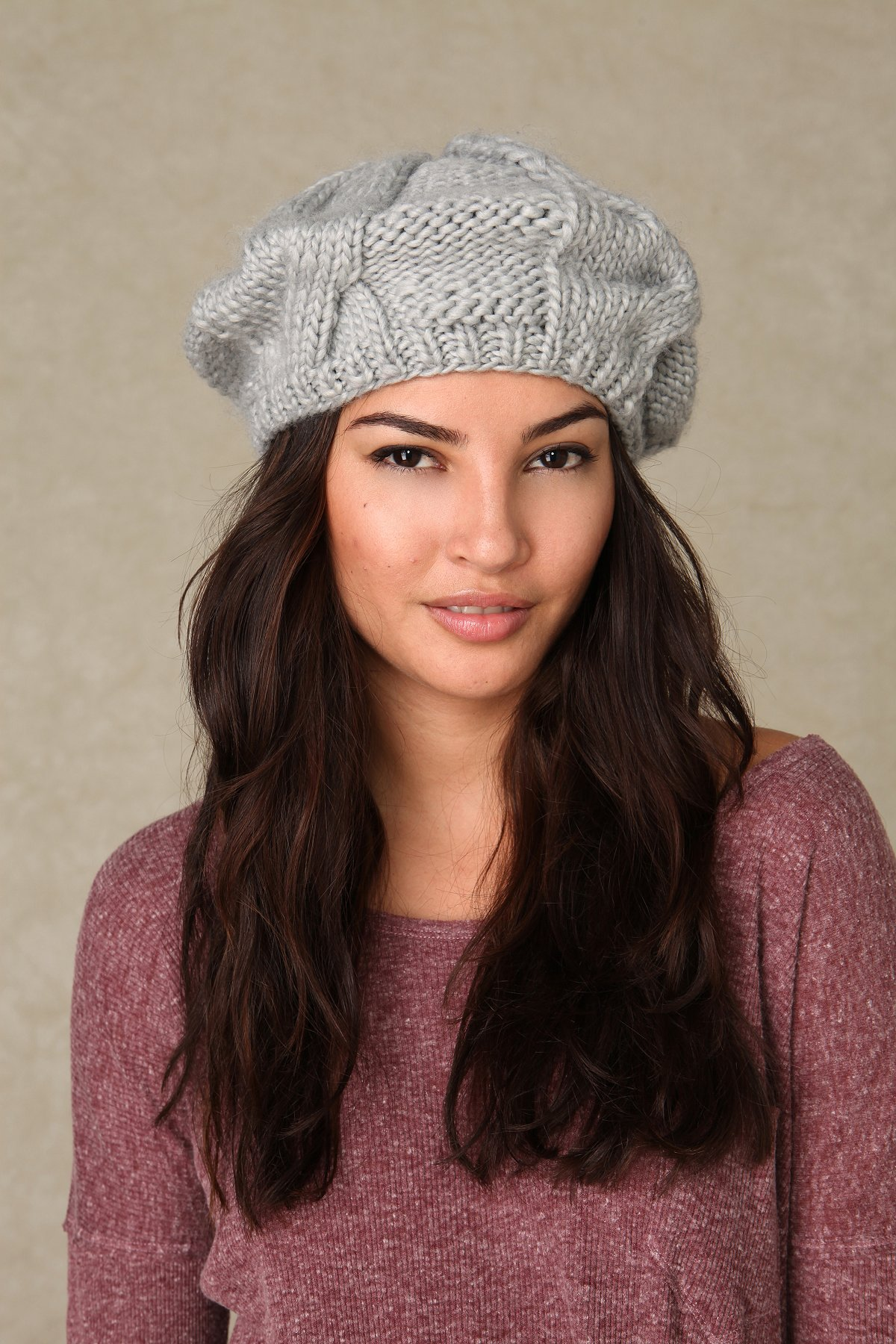 Solid Cable Beret