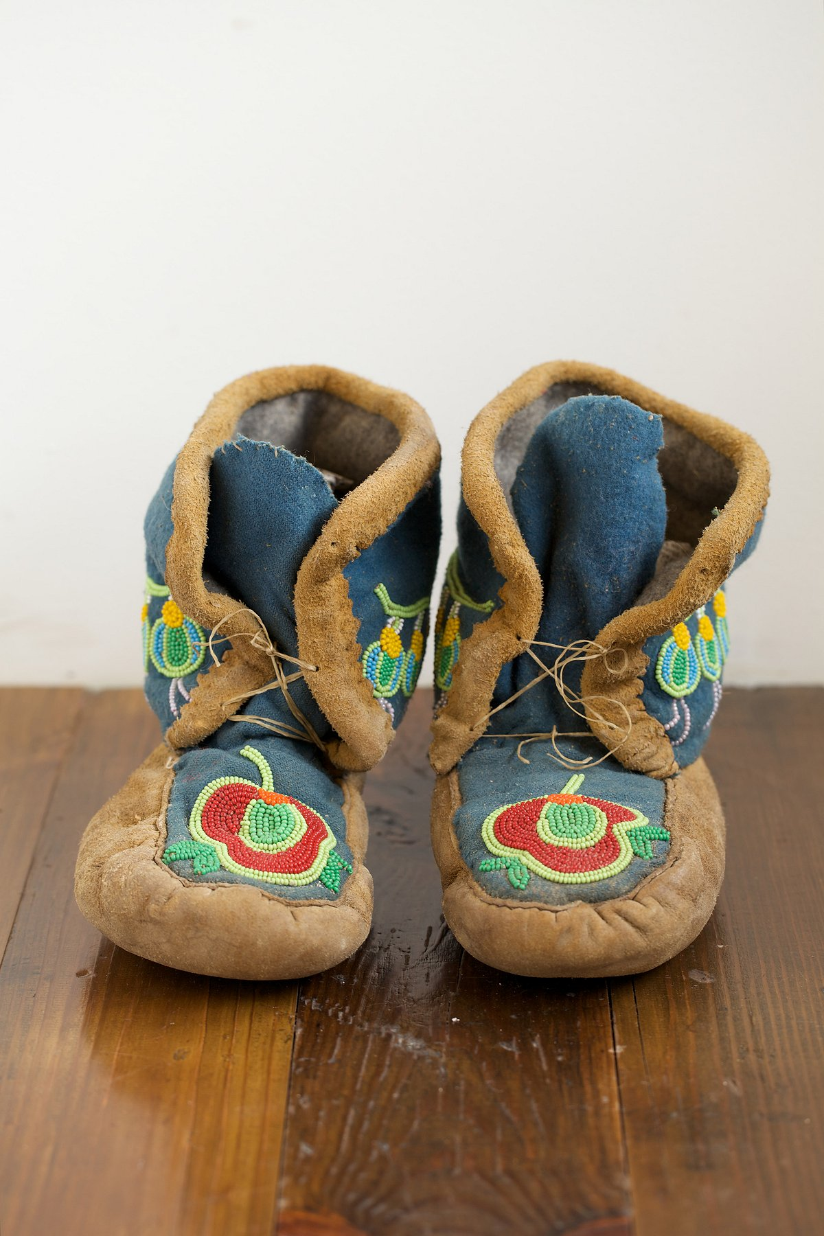 Vintage High Top Beaded Moccasins