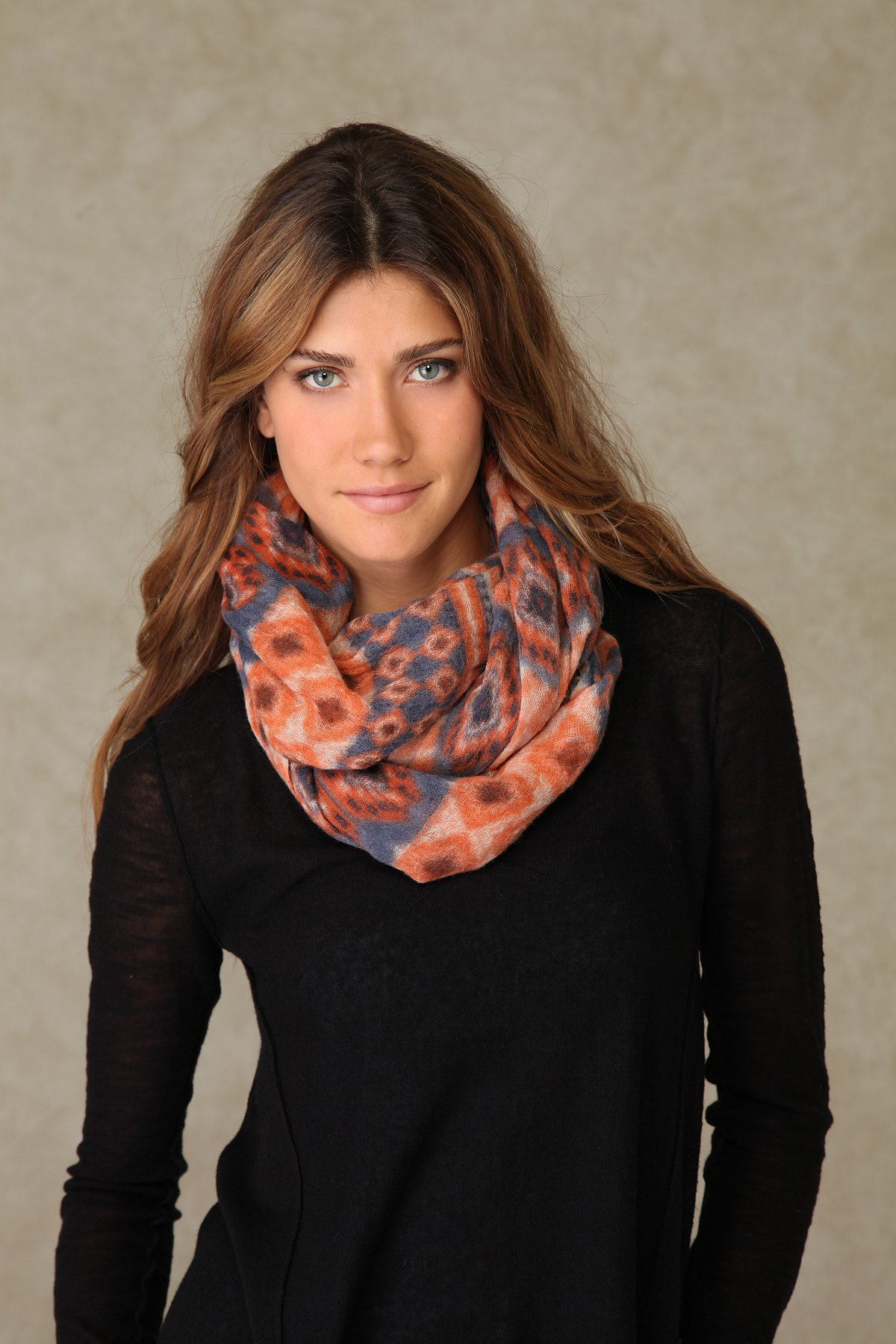 Native Loa Scarf