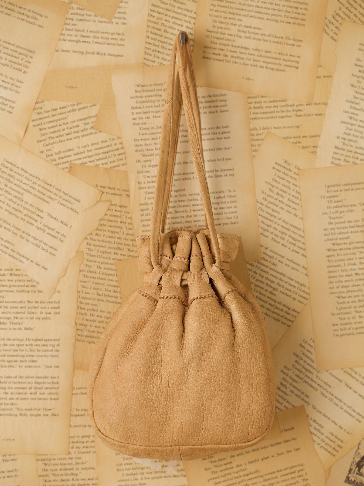 Vintage Cream Leather Cinch Bag