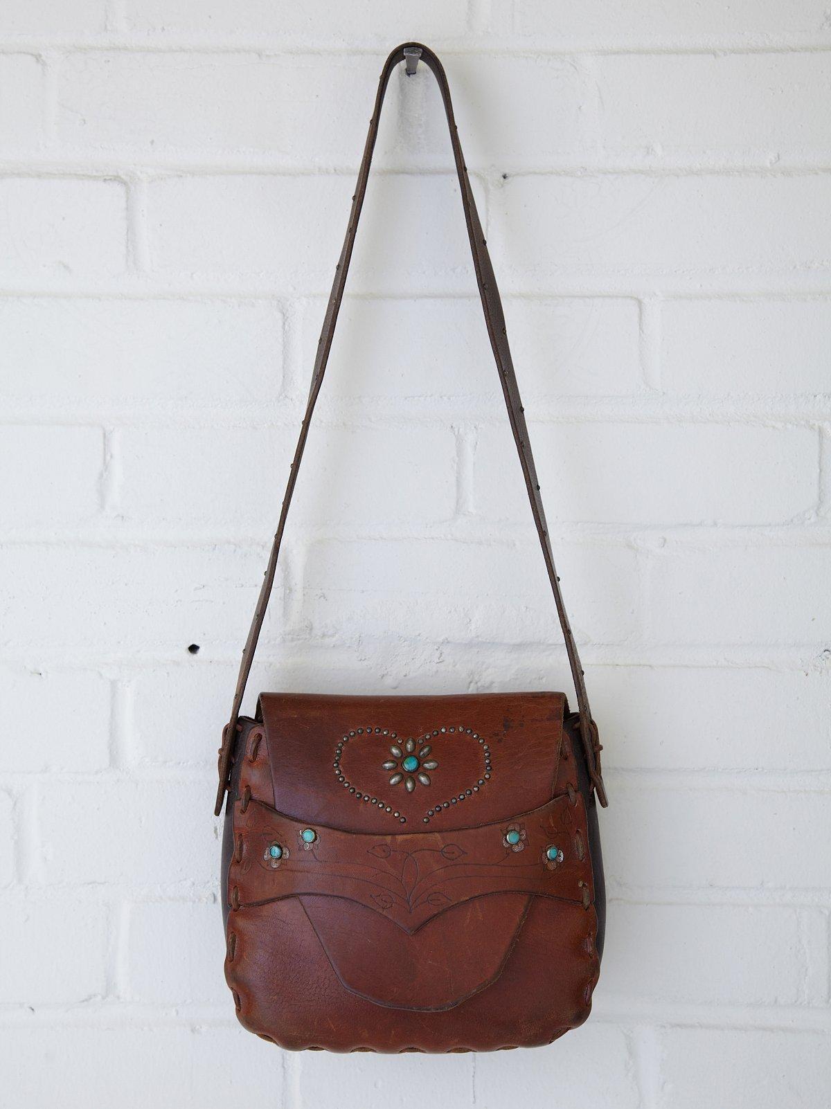Vintage Heart Floral Stud Saddle Bag