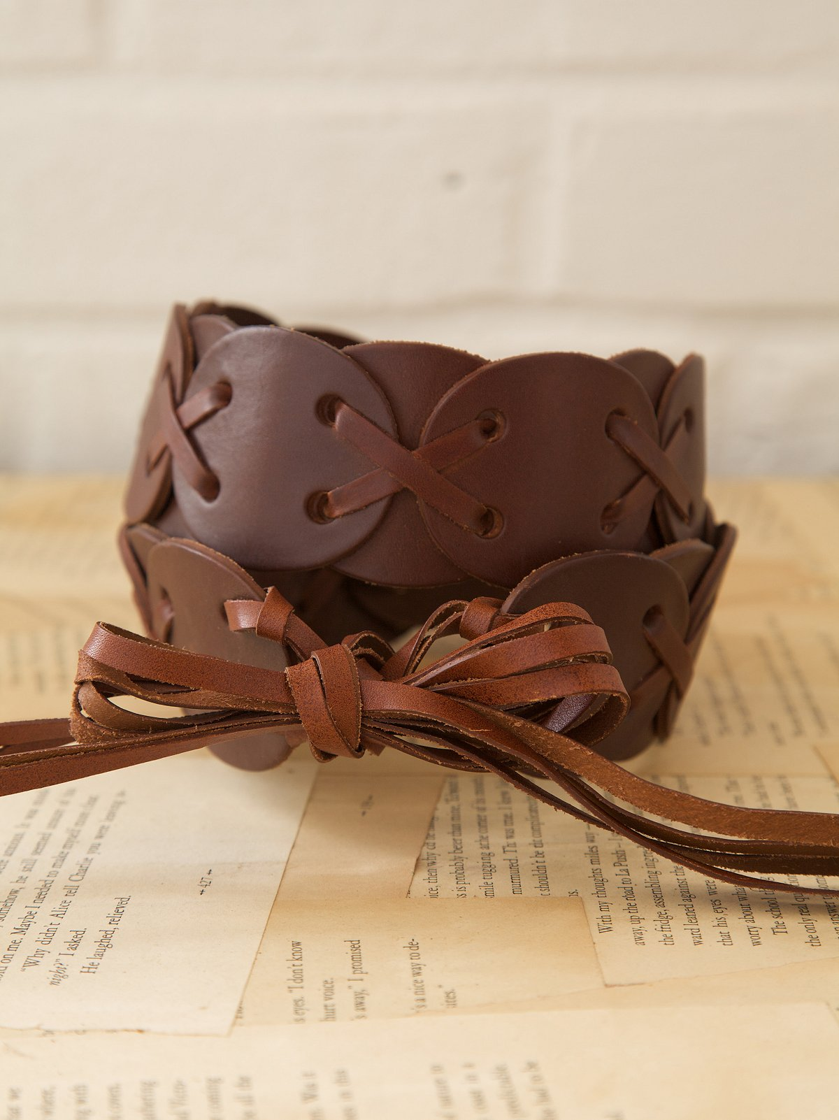 Vintage Leather Weave Tie Belt
