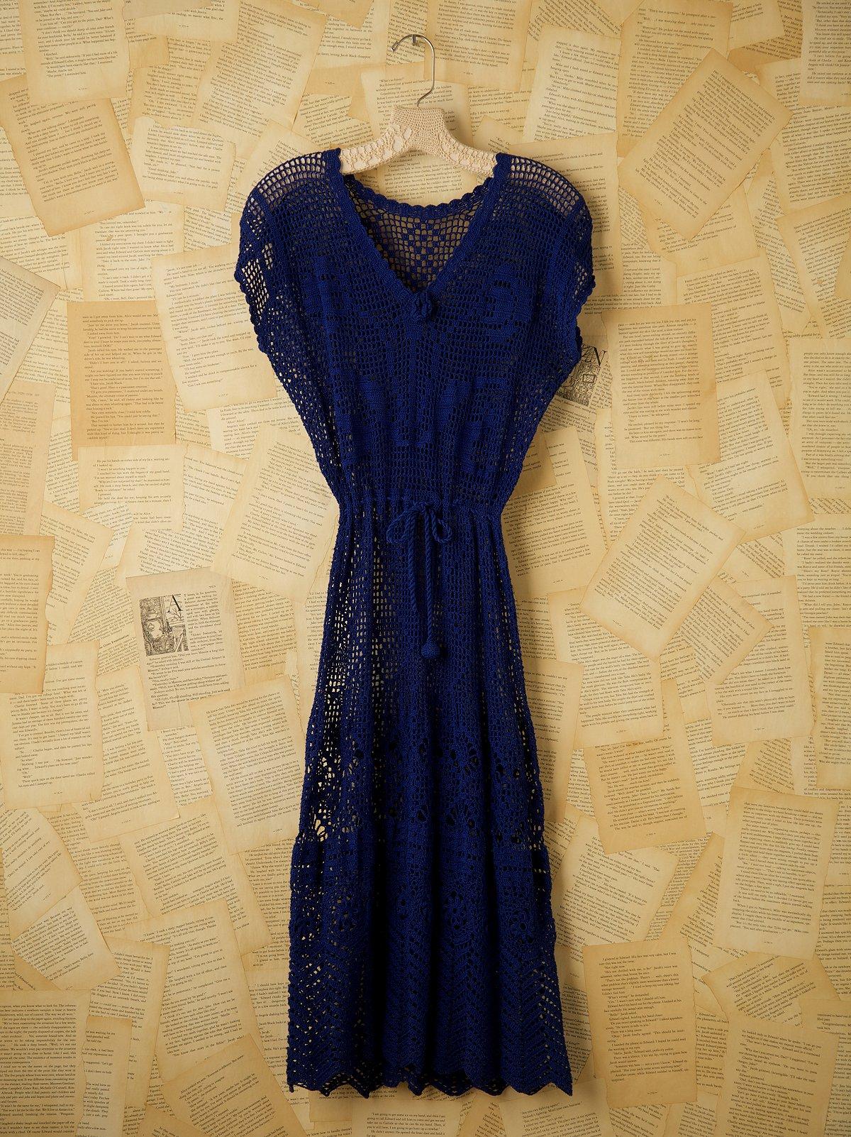 Vintage Short Sleeve Crocheted Dress