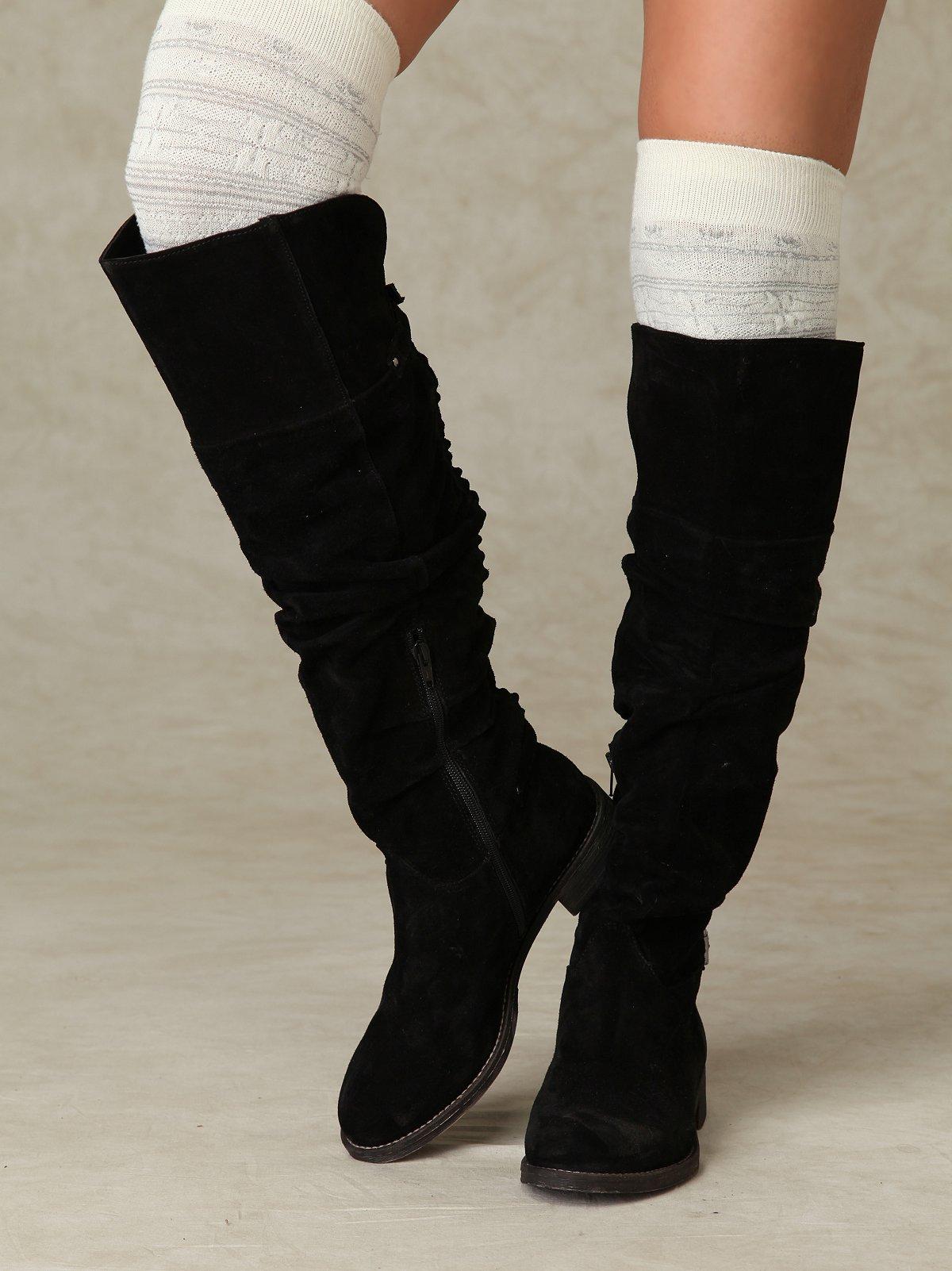 Nixxa Ruffle Boot