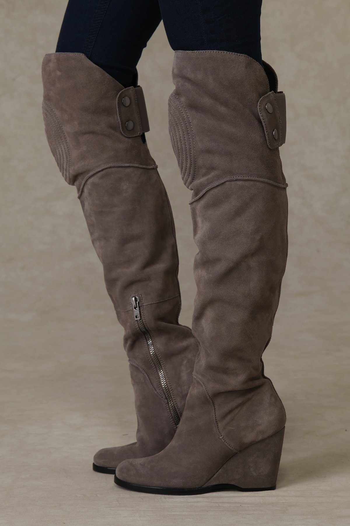 Netherland Over the Knee Boot