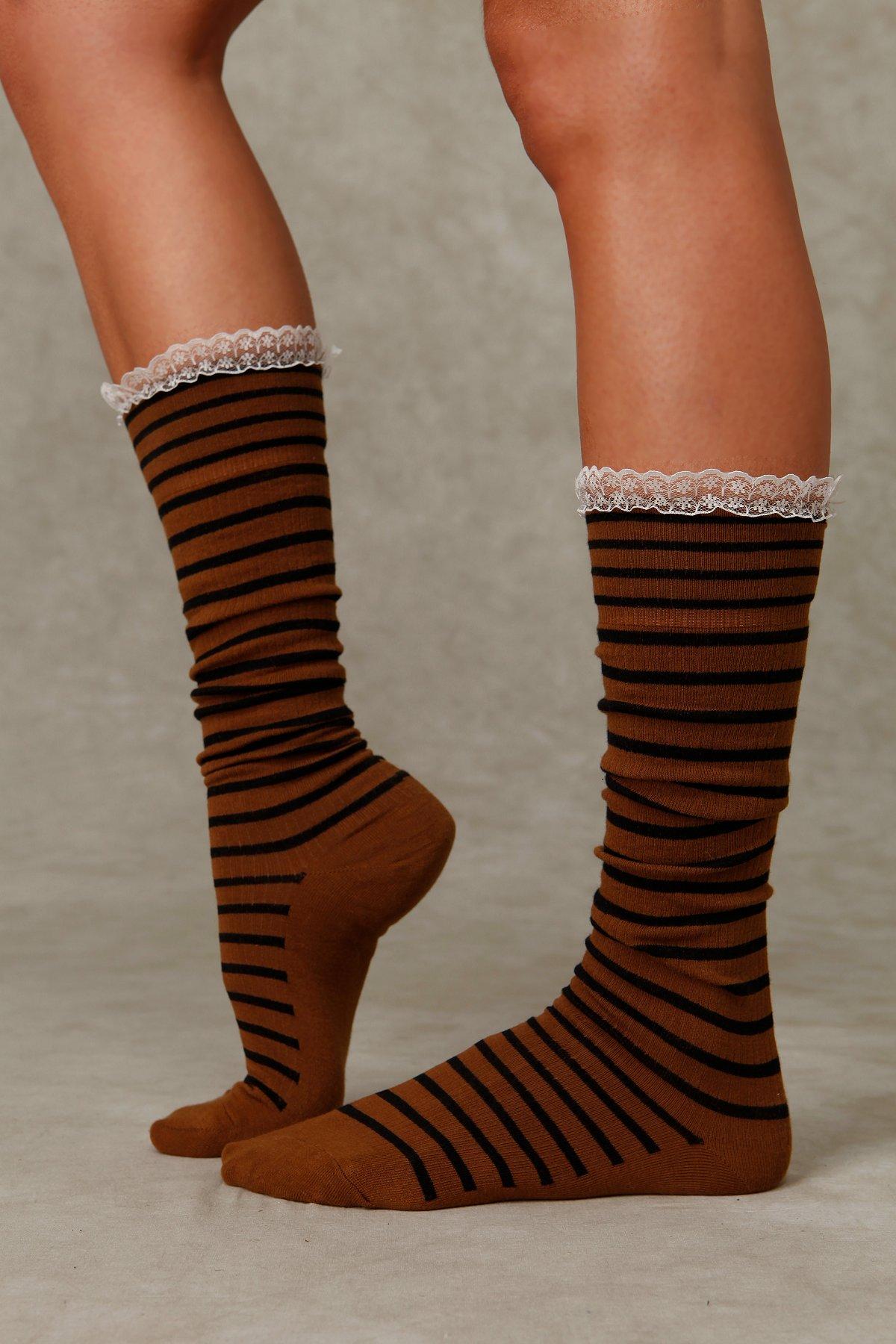 Stripe Lace Knee Sock