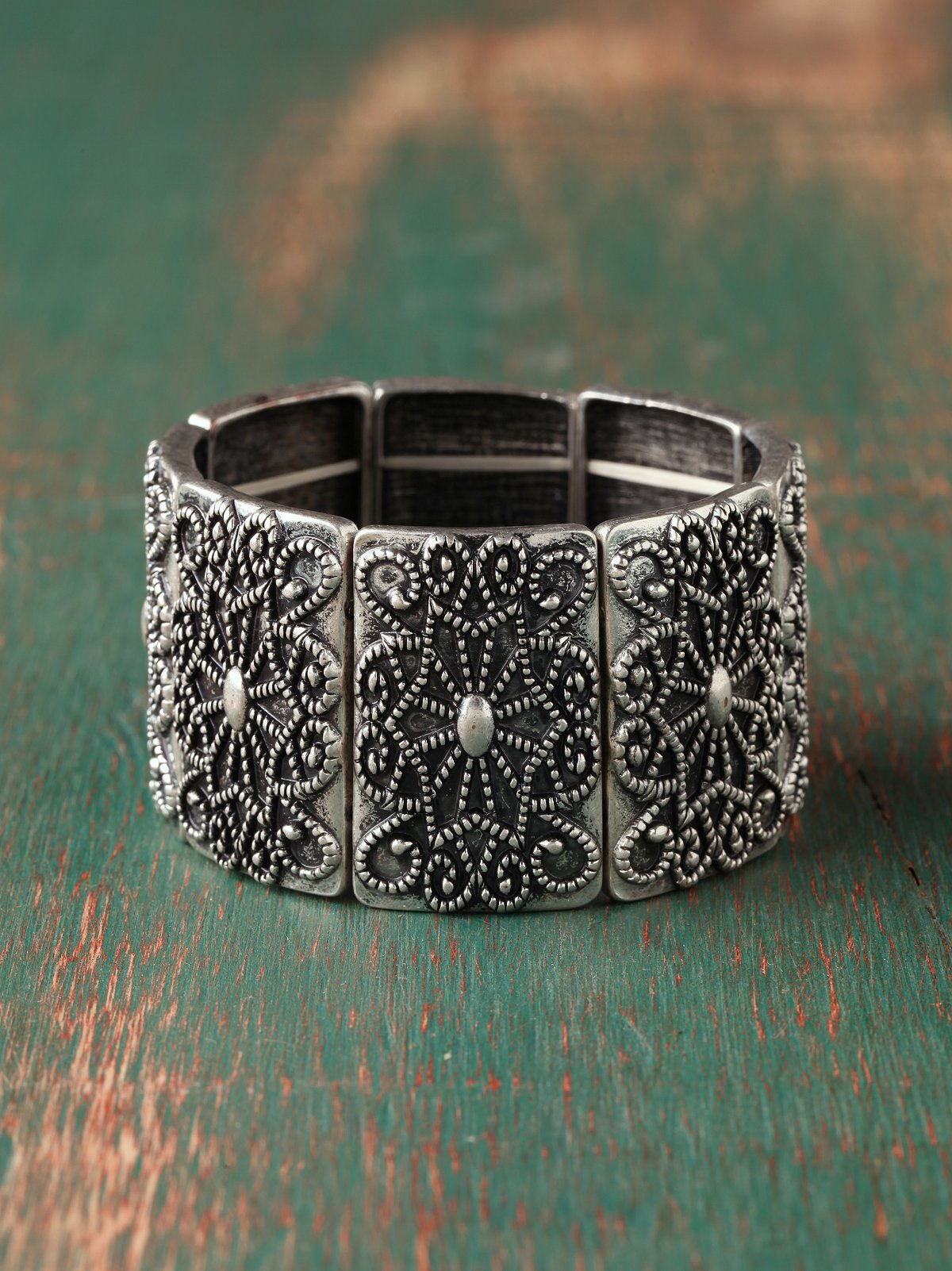Lady Engraved Bracelet