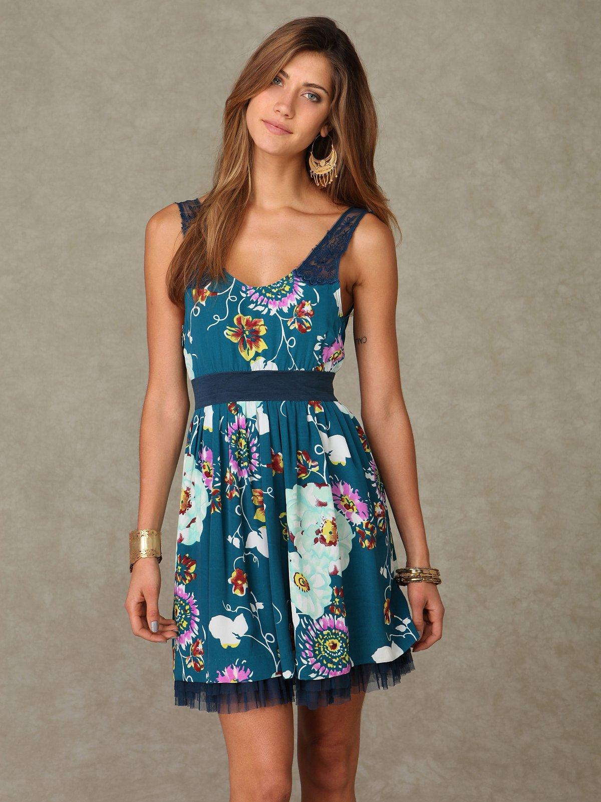 Lace Strap Floral Dress