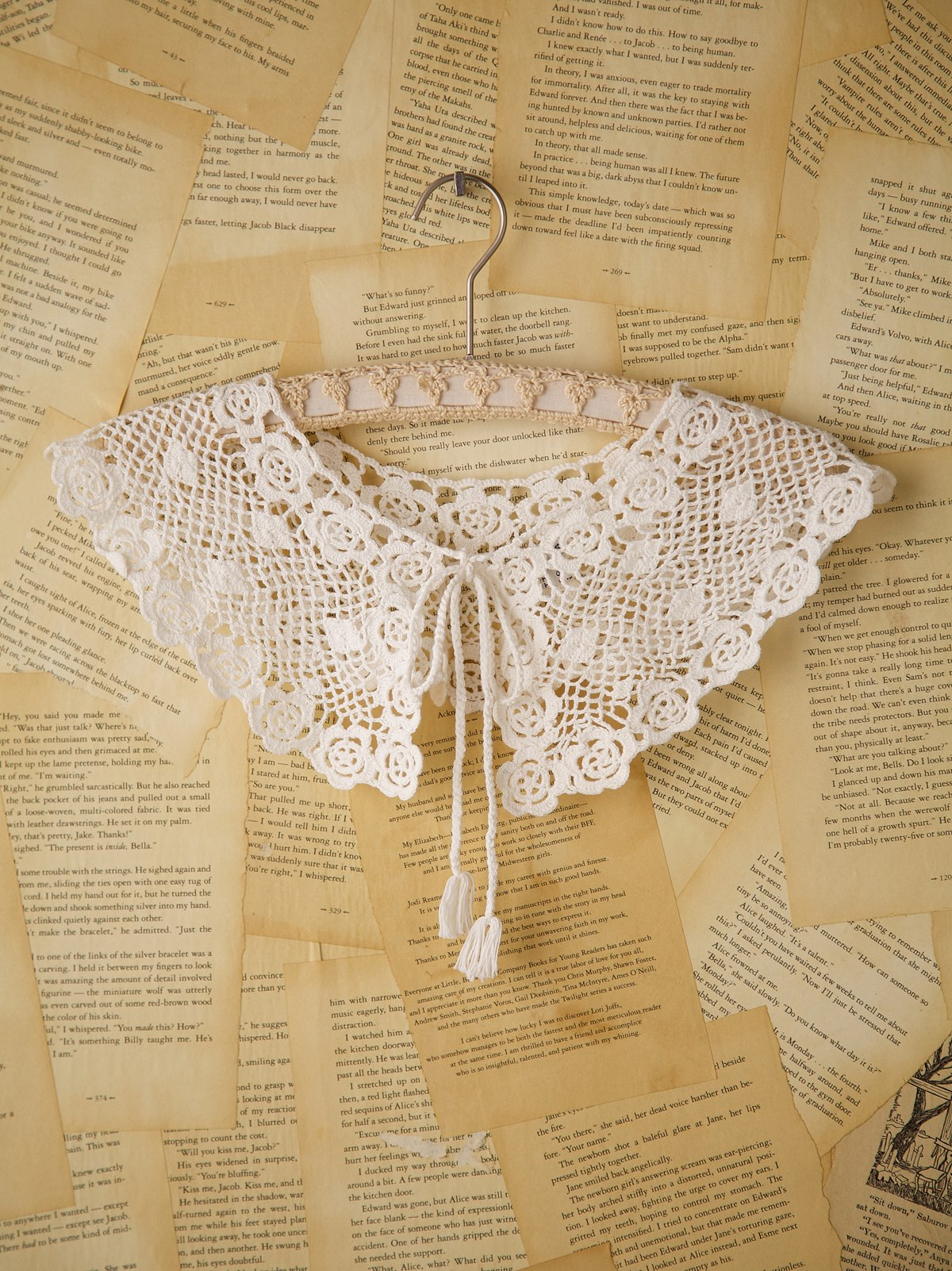 Vintage Crocheted Collar