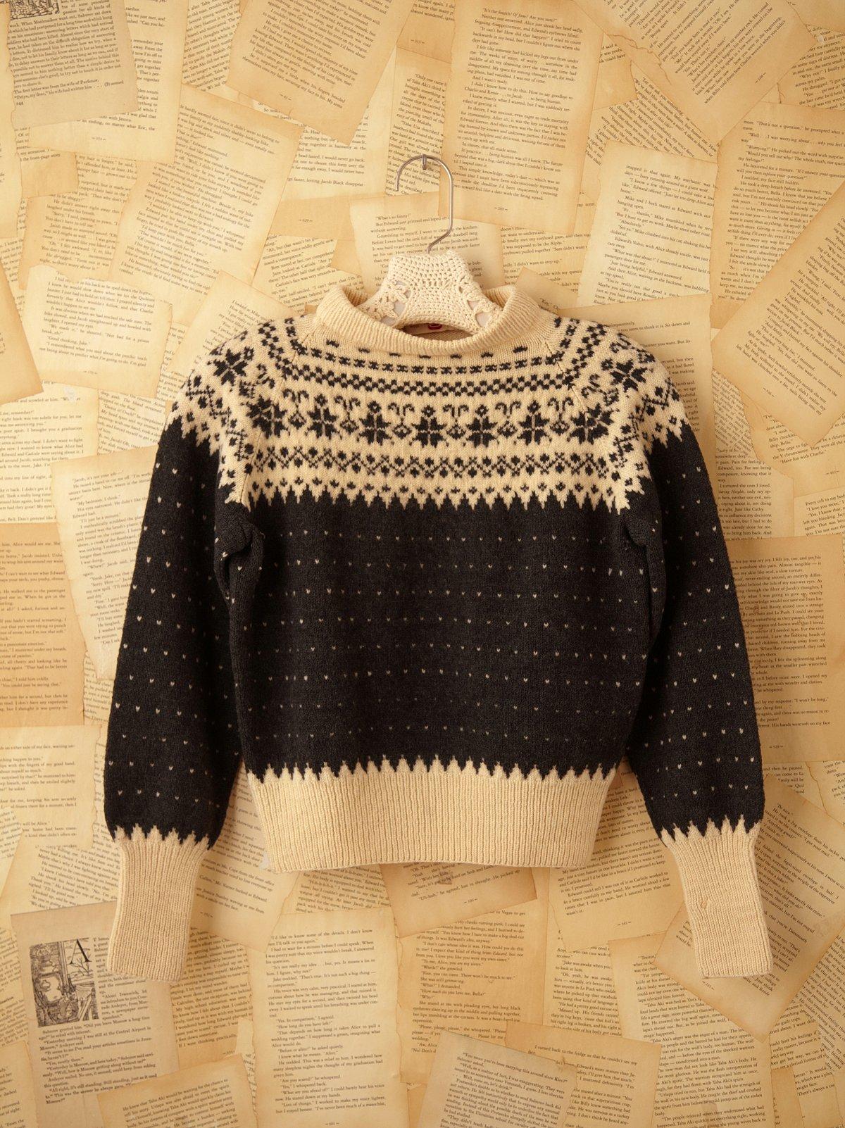 Vintage Snowflake Print Sweater