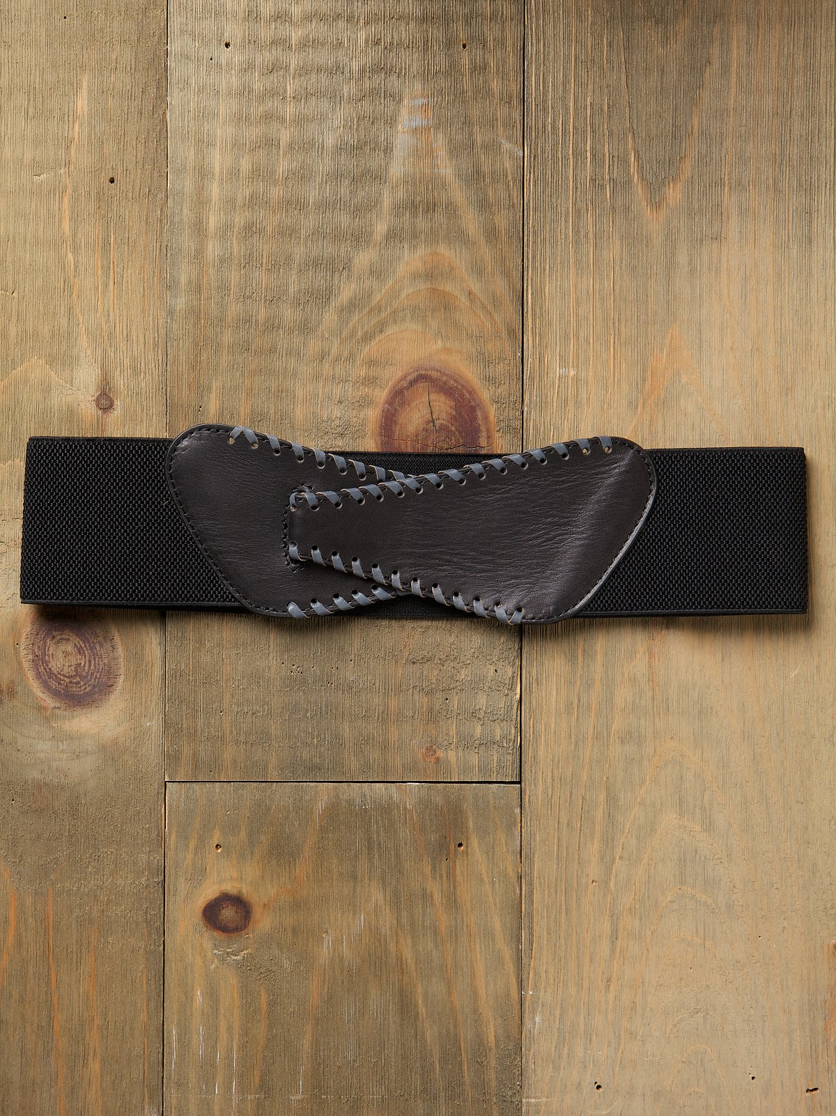 Whipstitch Stretch Waist Belt