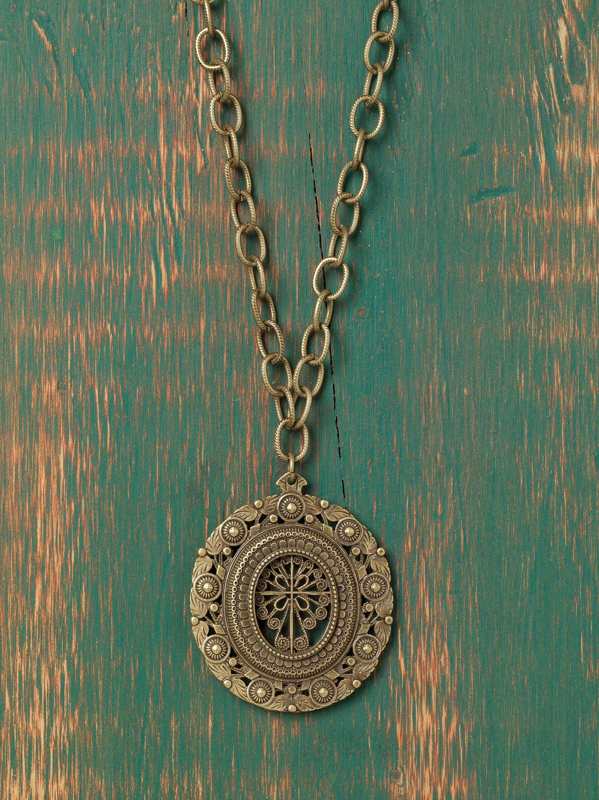 Secara Engraved Pendant