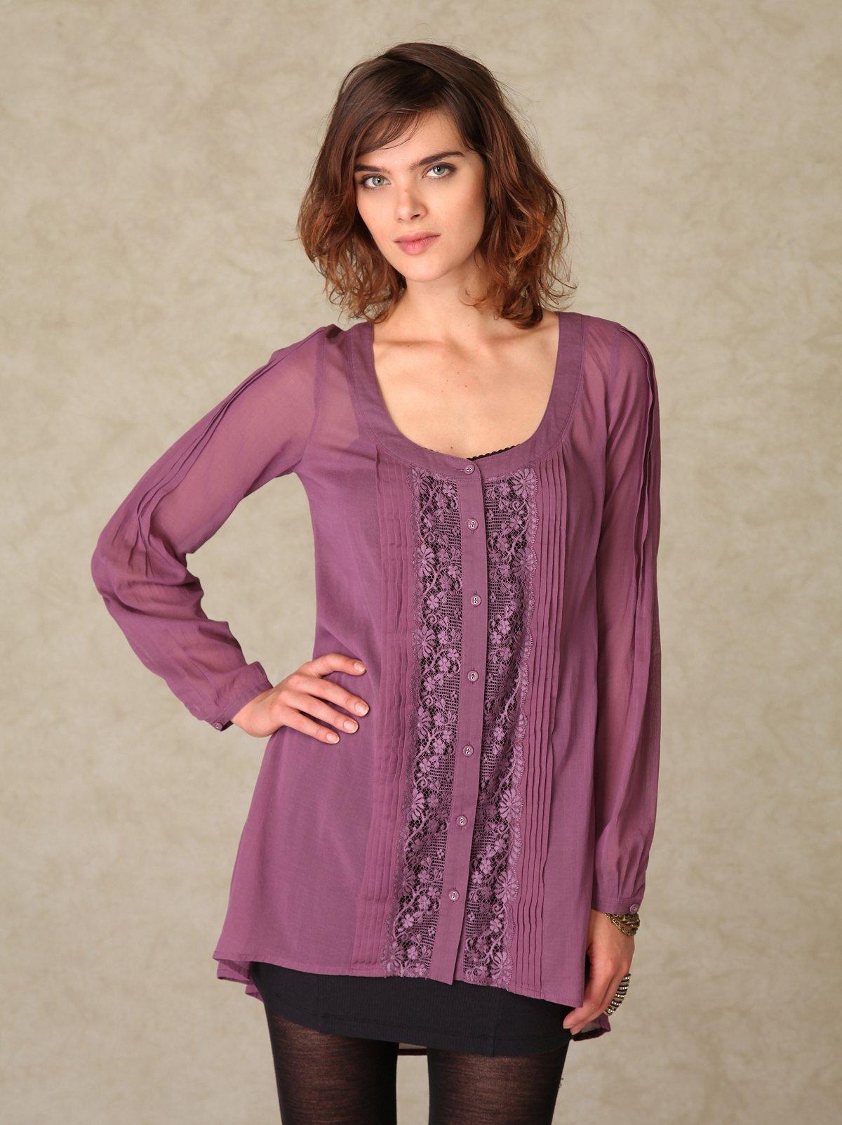 Centered Lace Buttondown