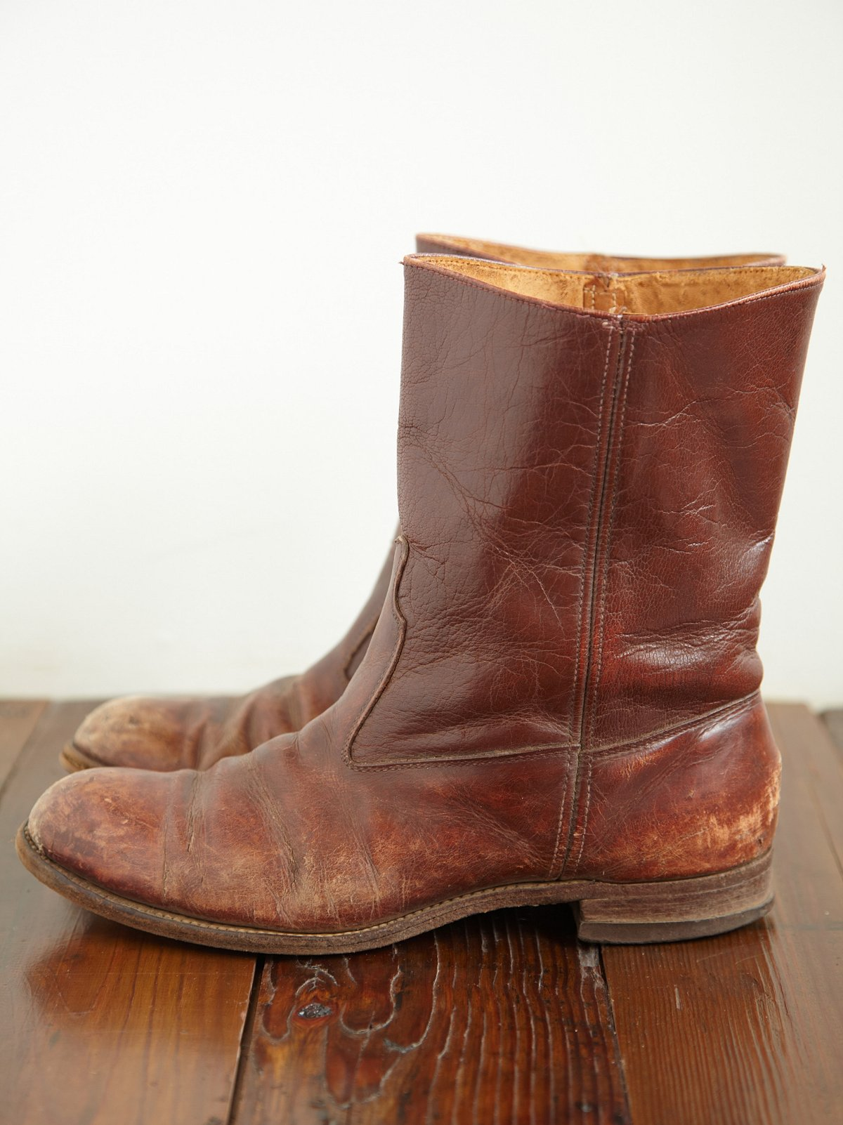 Vintage Round Toe Boots