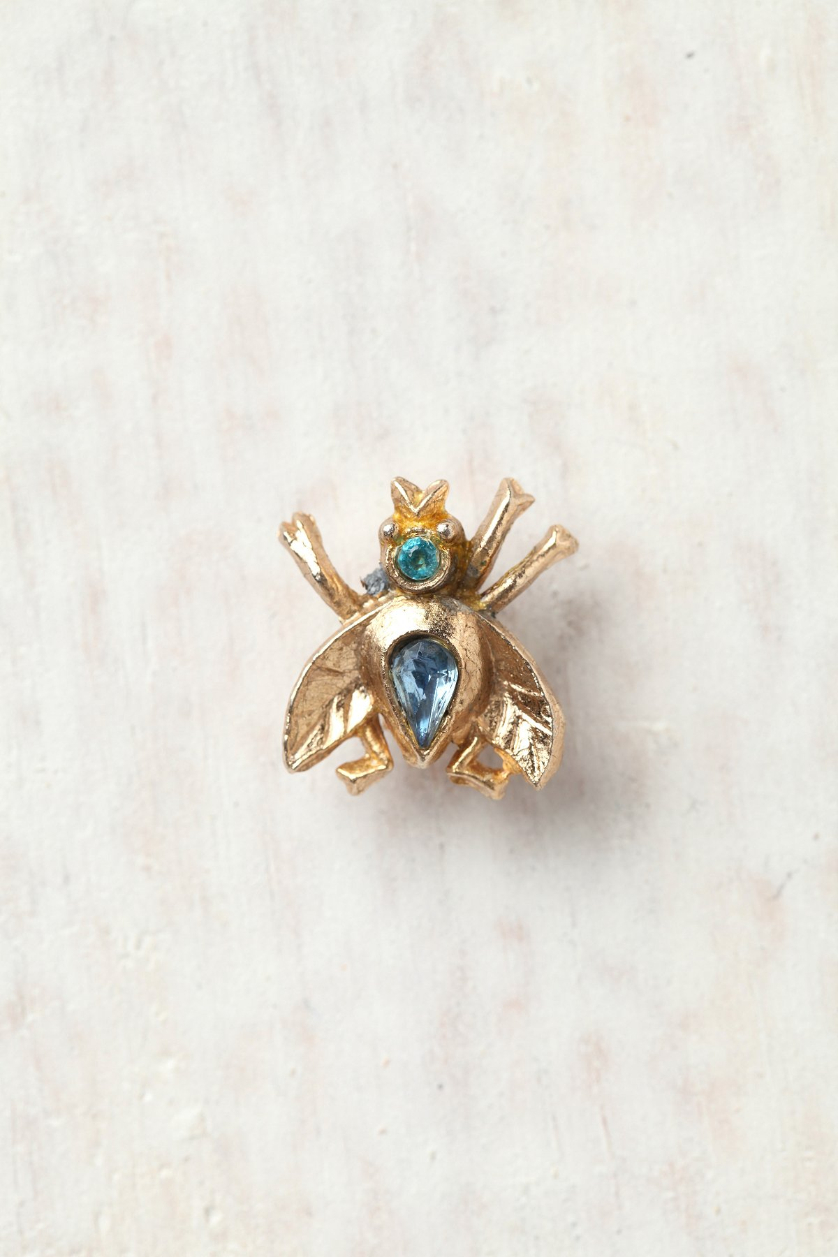 Vintage 1970s Tiny Bee Pin