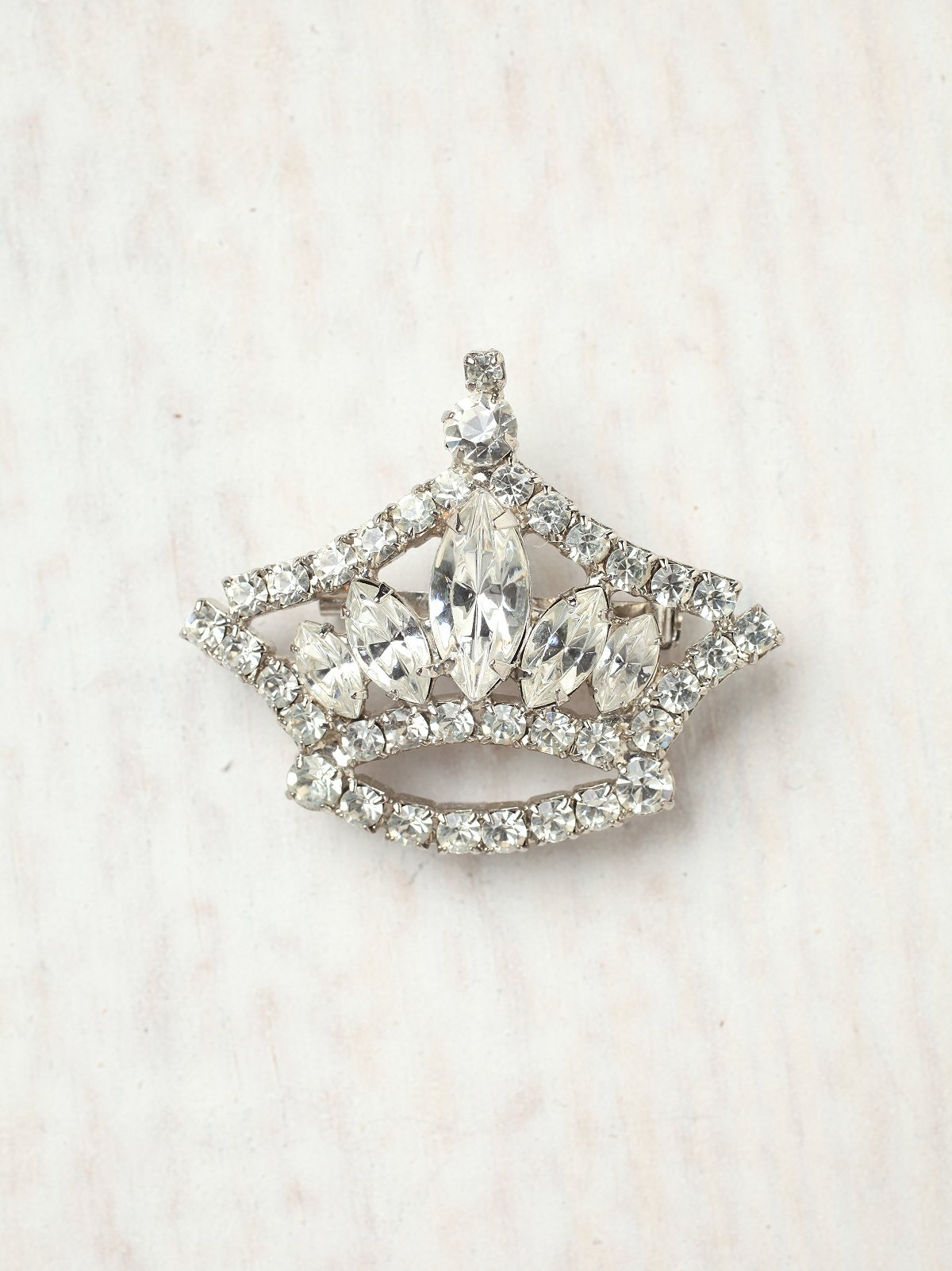 Vintage 1970s Rhinestone Crown Pin