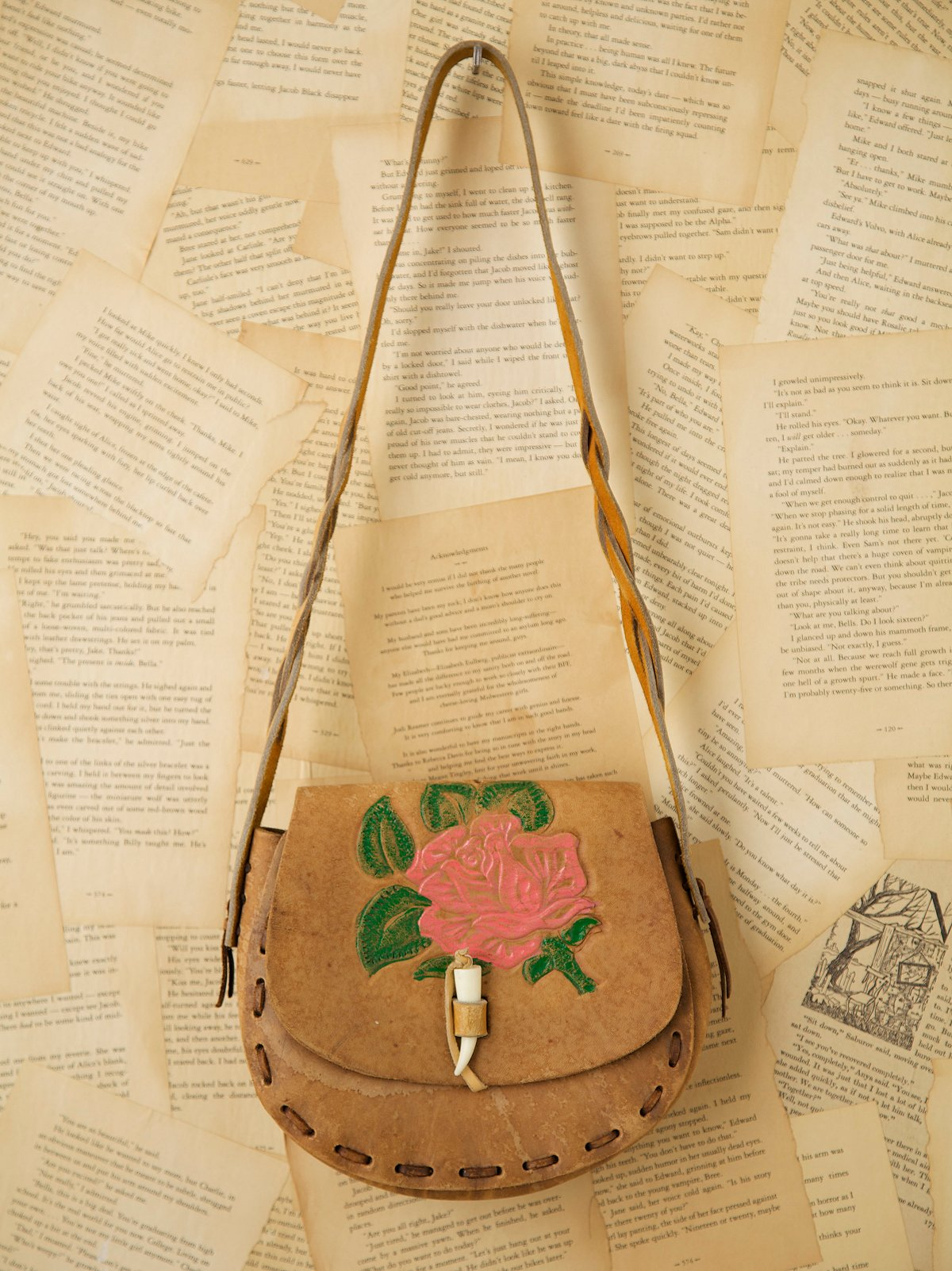 Vintage 1970s Boho Leather Bag