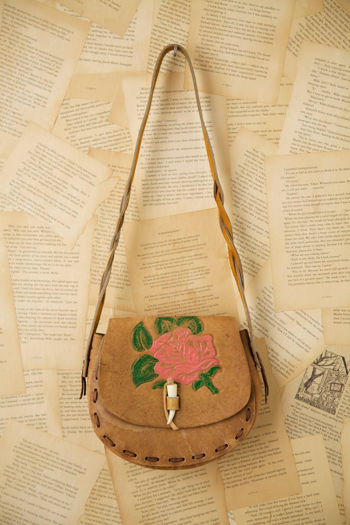Vintage 1970s Boho Leather Bag