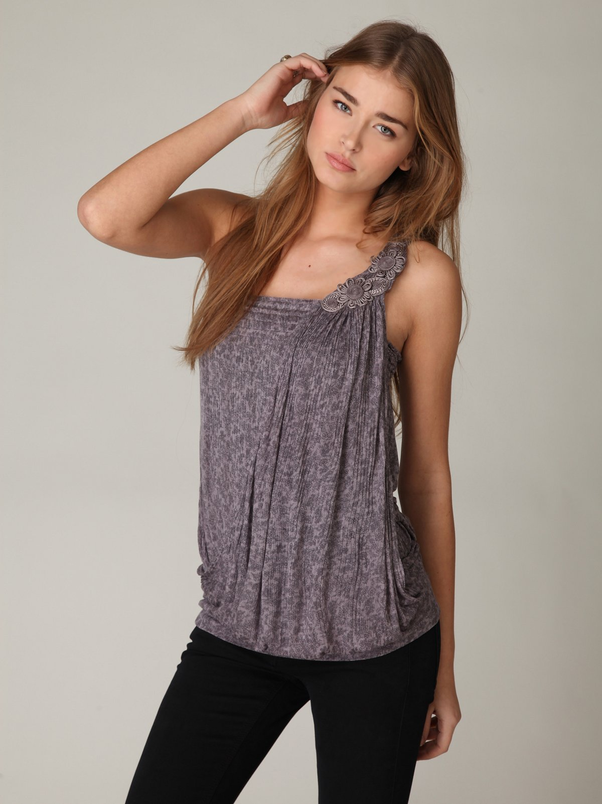 Silky Ribbed Printed One Shoulder Top
