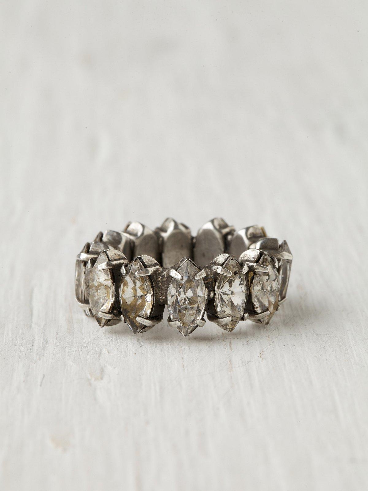Jennifer Elizabeth Nadya Ring