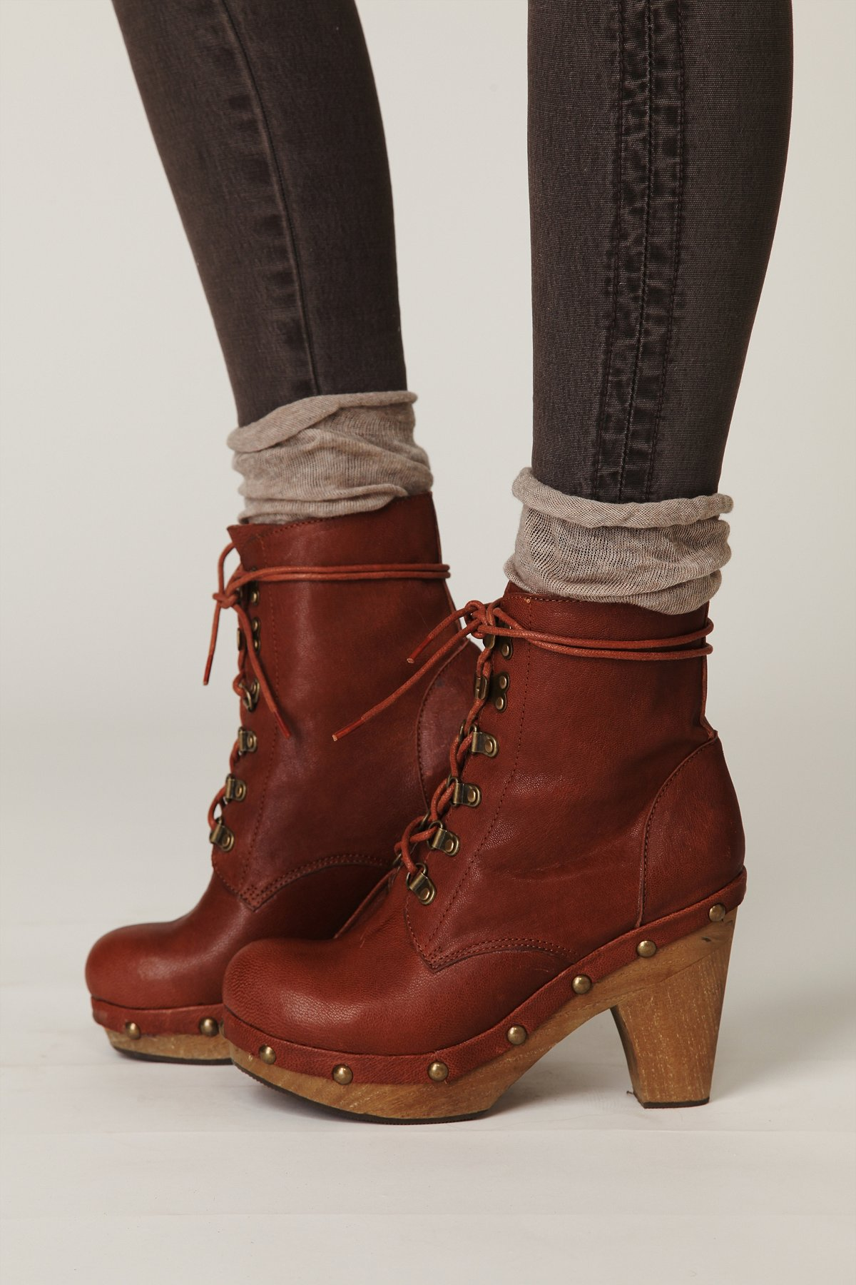 Outlander Clog Boot