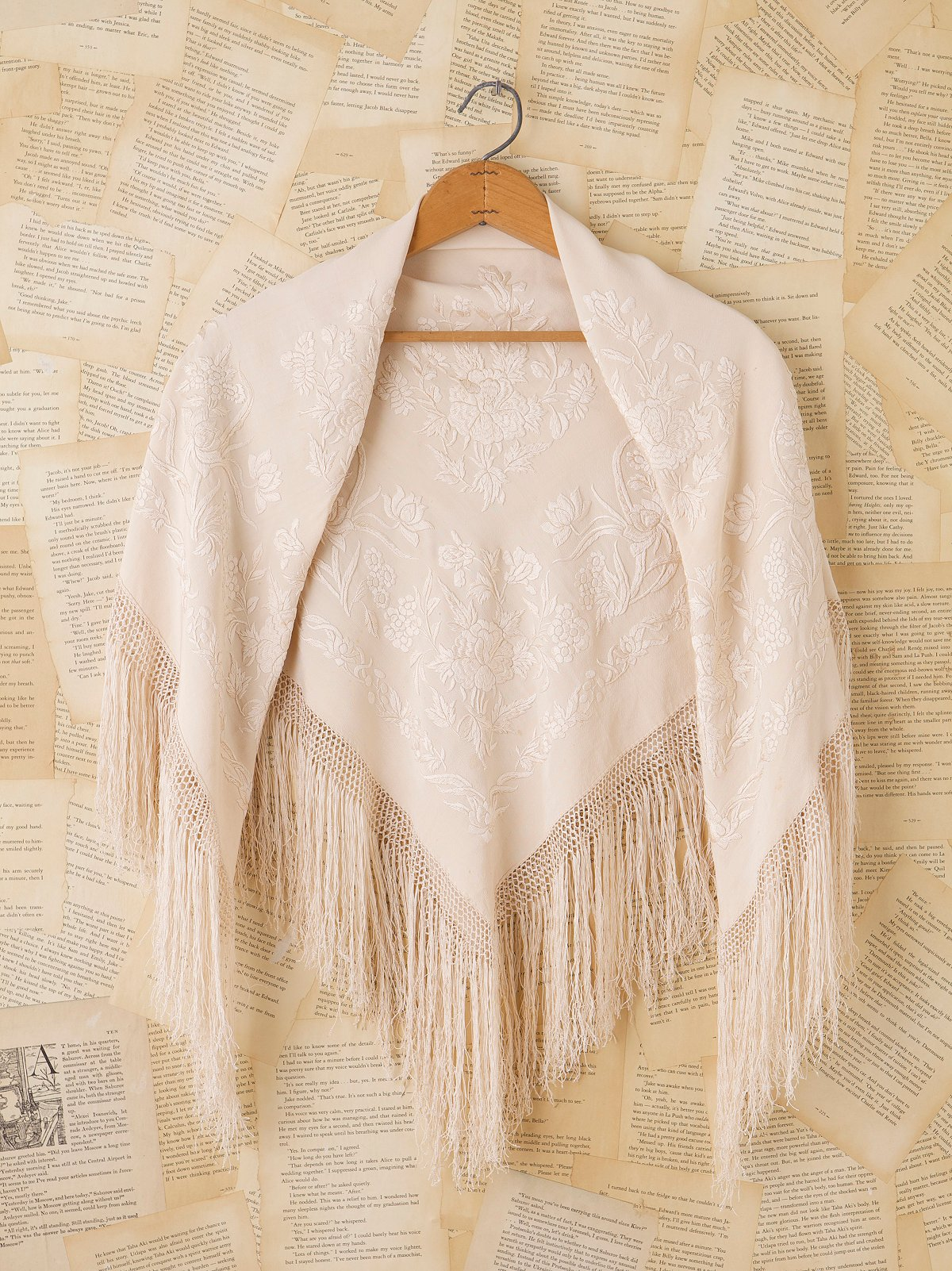 Vintage 1930s Embroidered Shawl