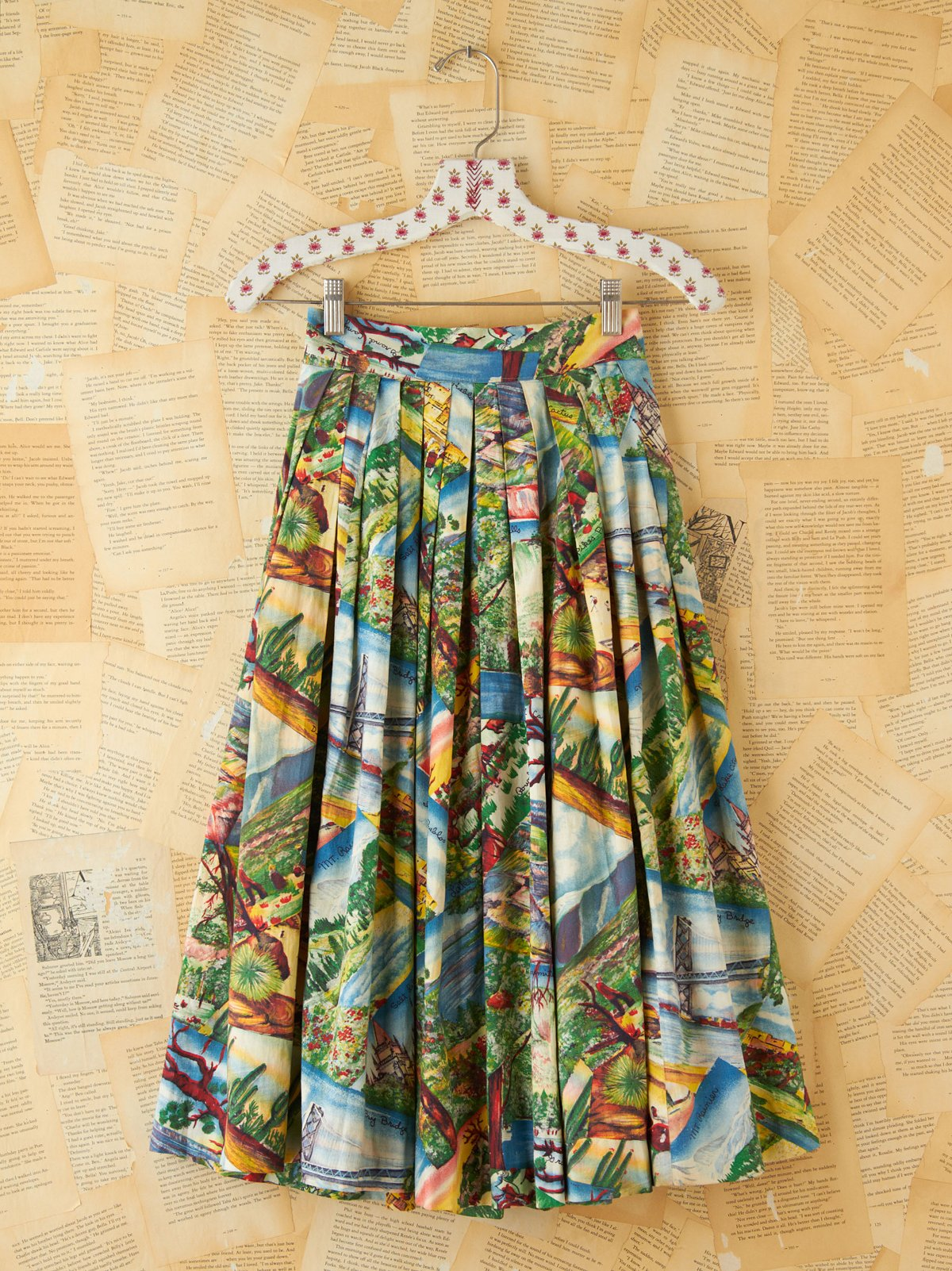 Vintage Printed Souvenir High-Waisted Skirt