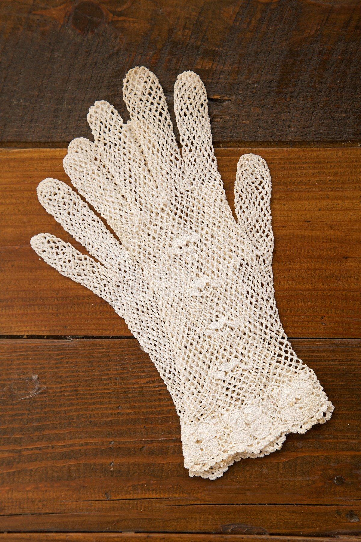 Vintage 1930s Knit Gloves