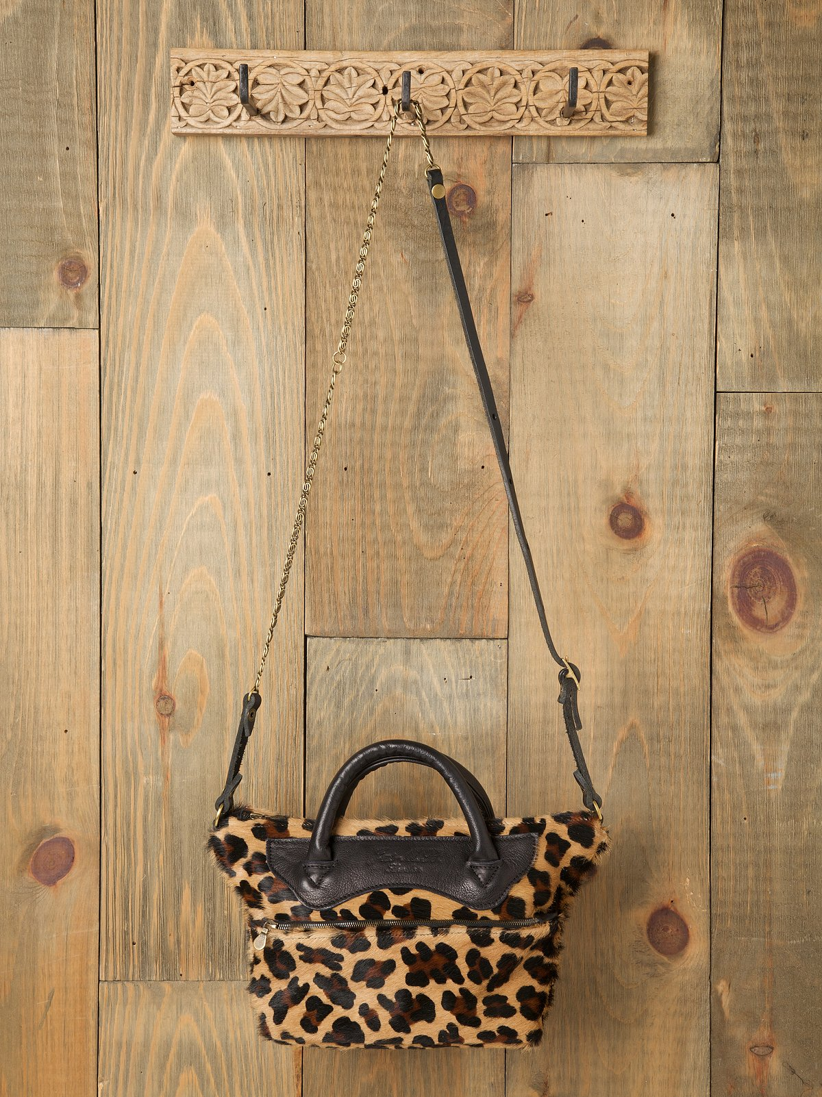 Leopard Mini Wings Traveller