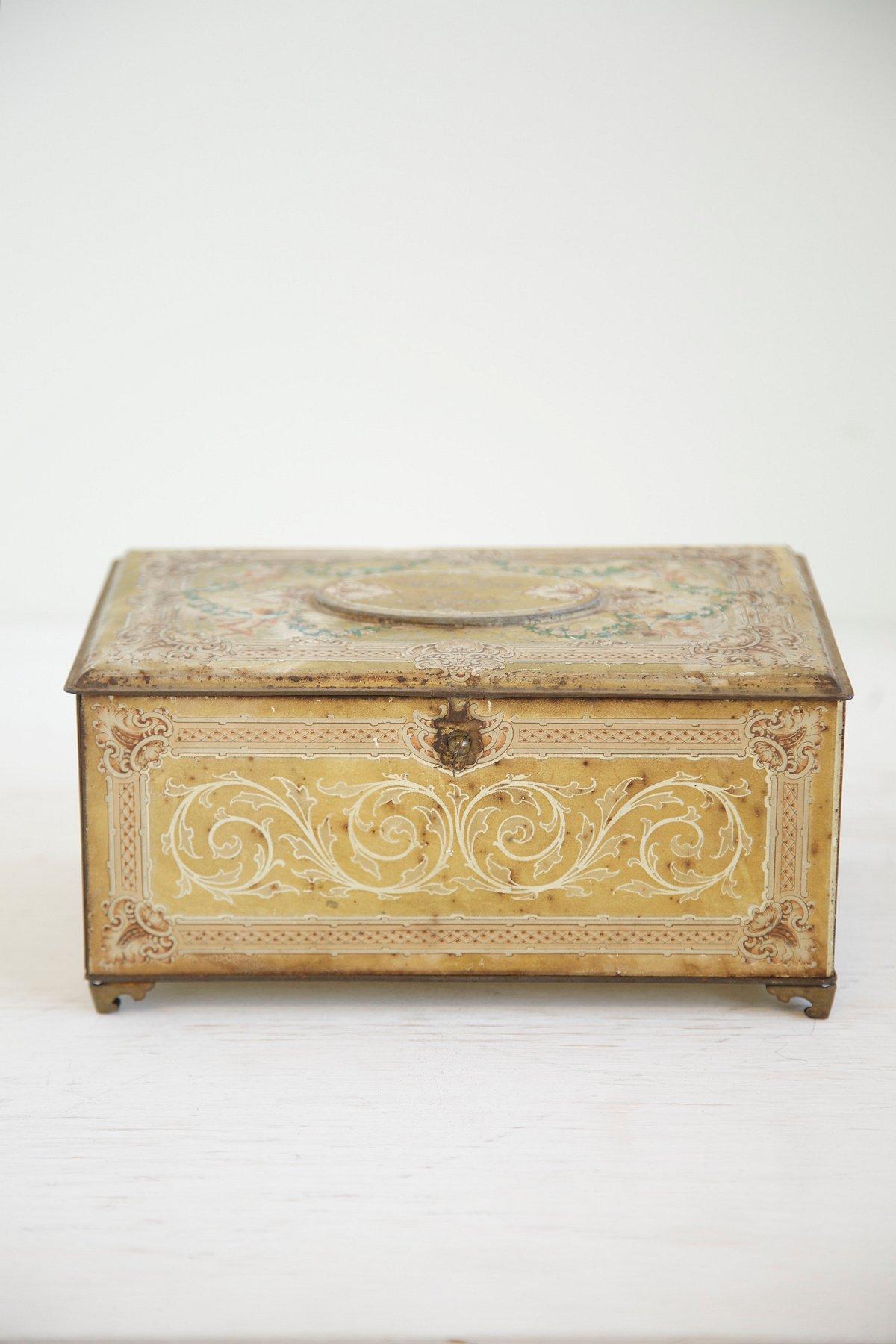 Vintage Tin Jewelry Box