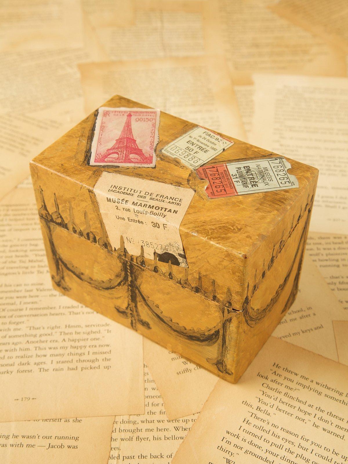 Vintage Paper Jewelry Box