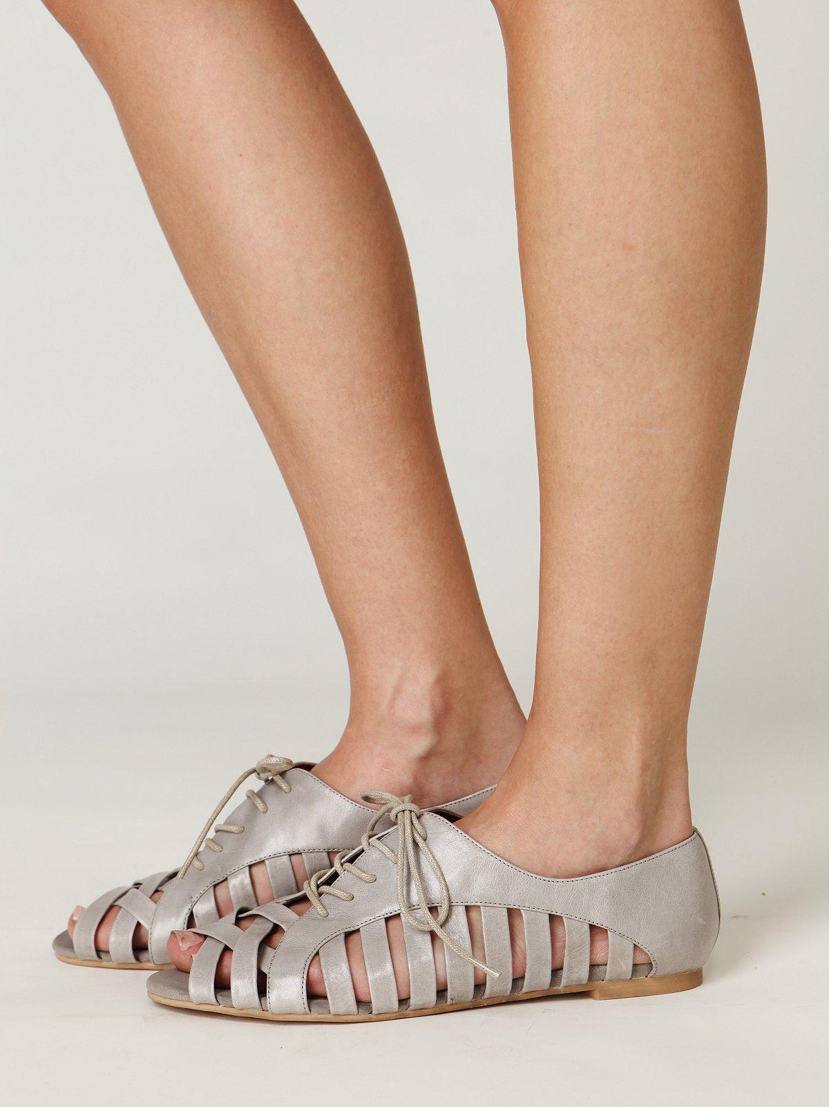 Hoyt Oxford Sandal
