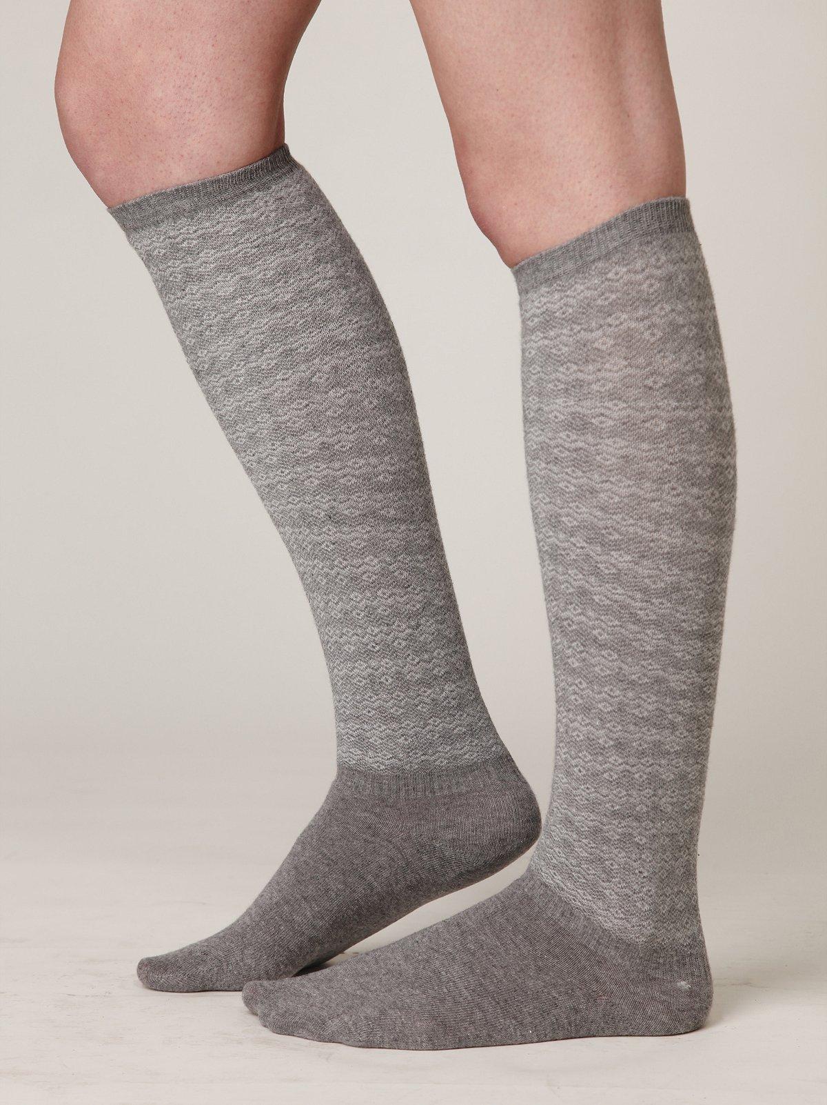 Chevron Wave Knee Sock