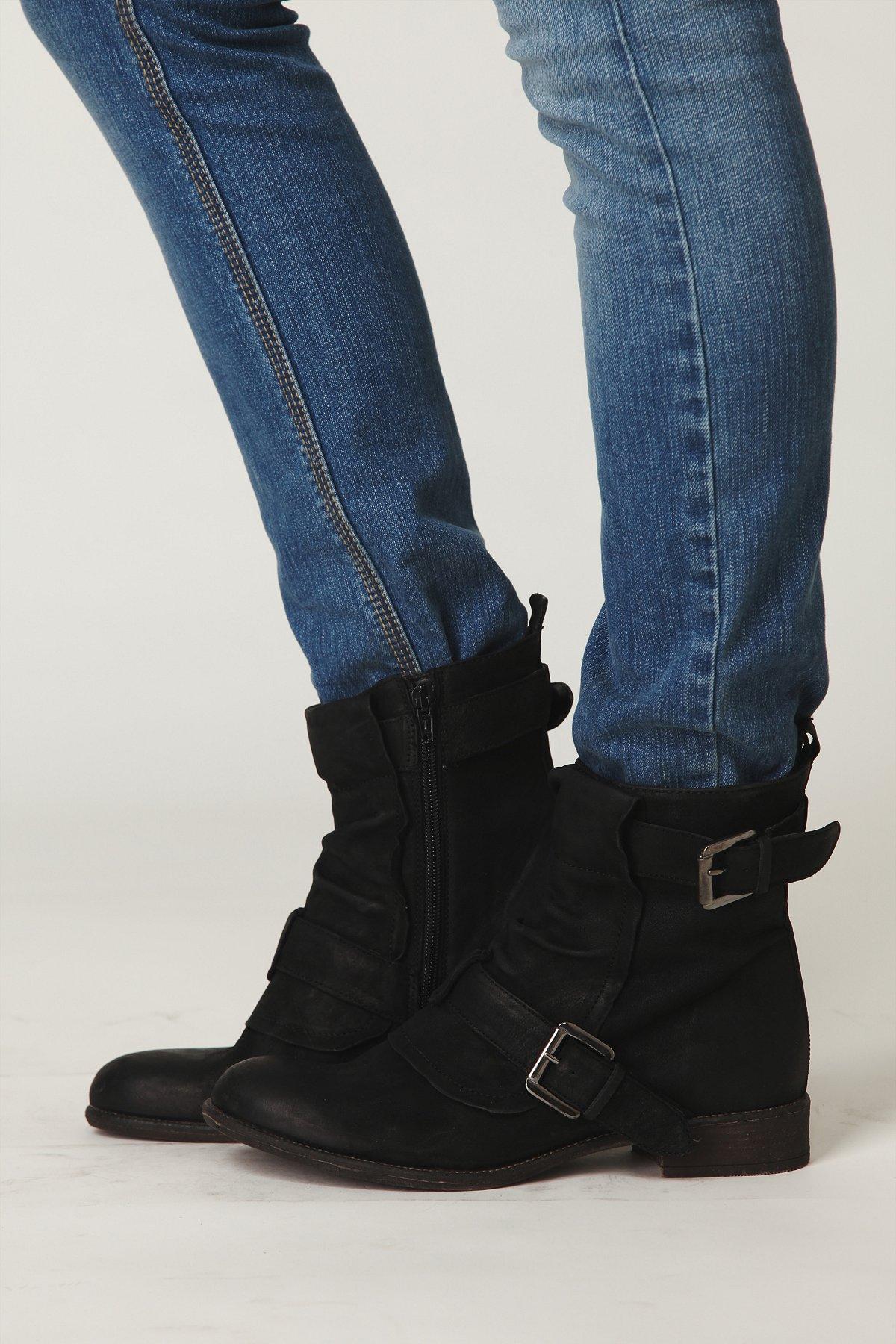 Ventura Buckle Boot
