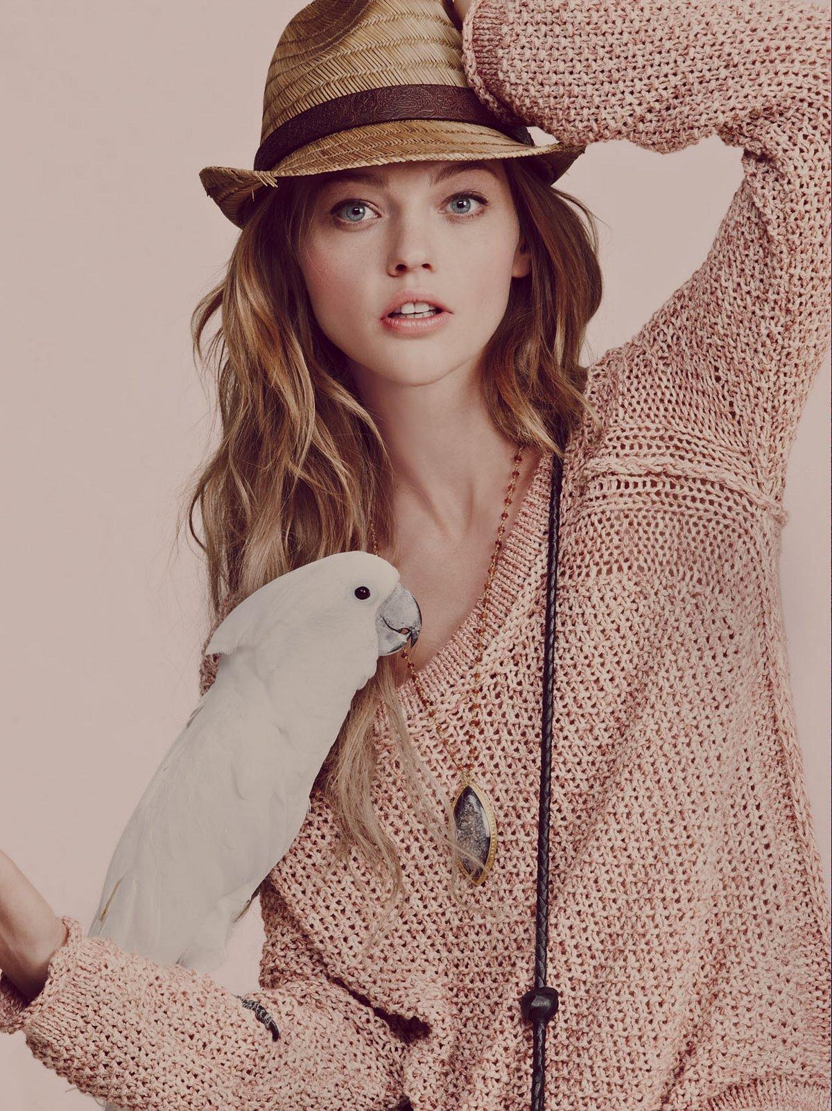 Marled Yarn Pullover