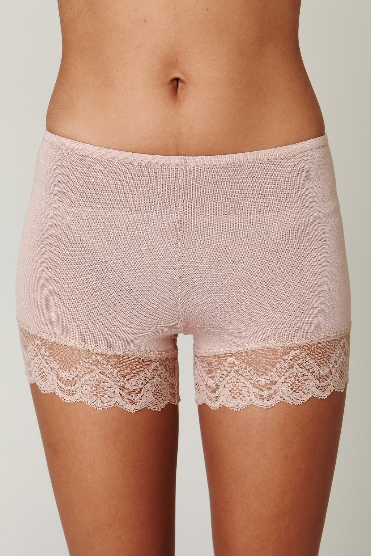 Bloomer With Lace