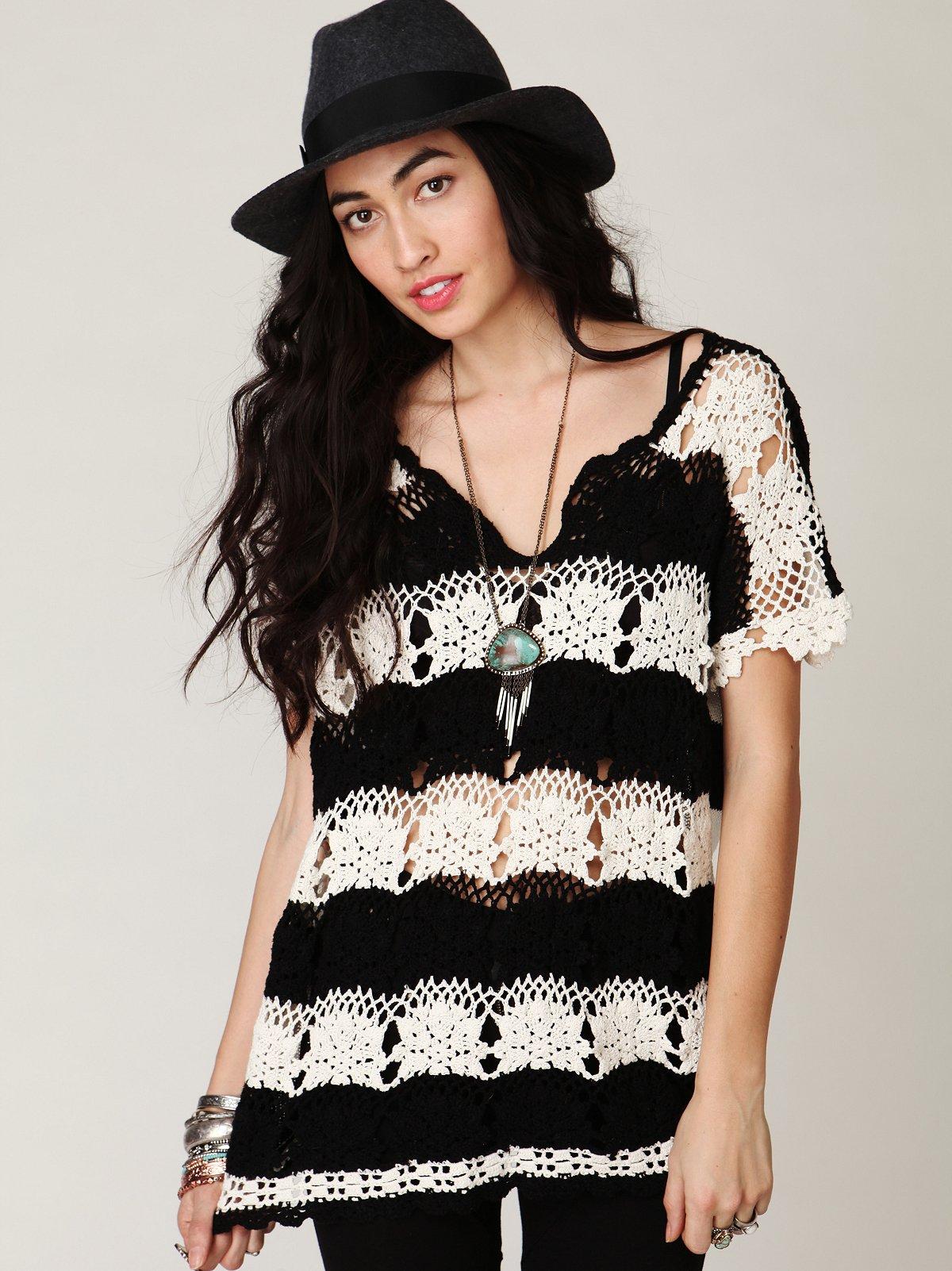 Short Sleeve Crochet Stripe Tunic