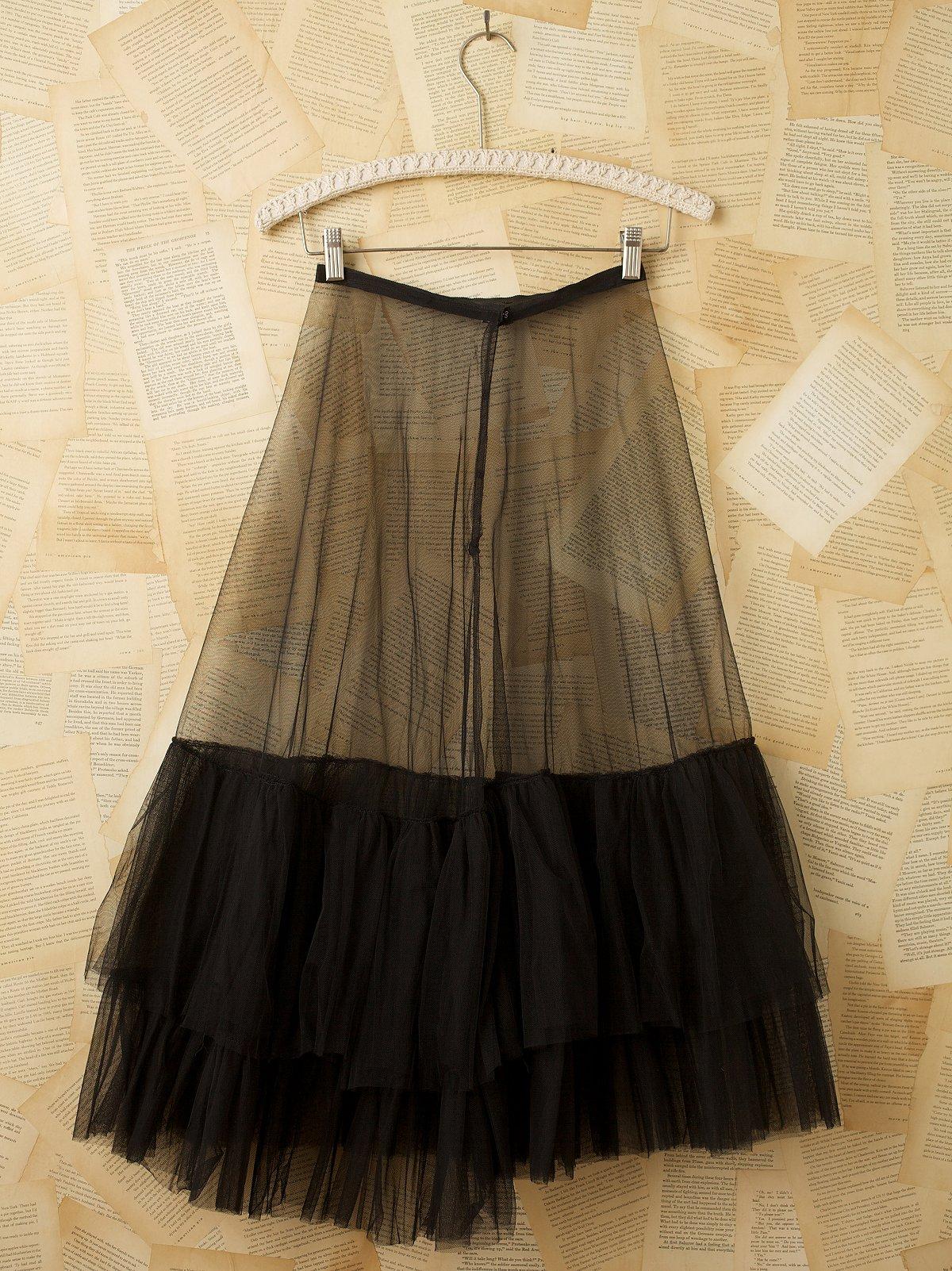Vintage Net Tiered Slip