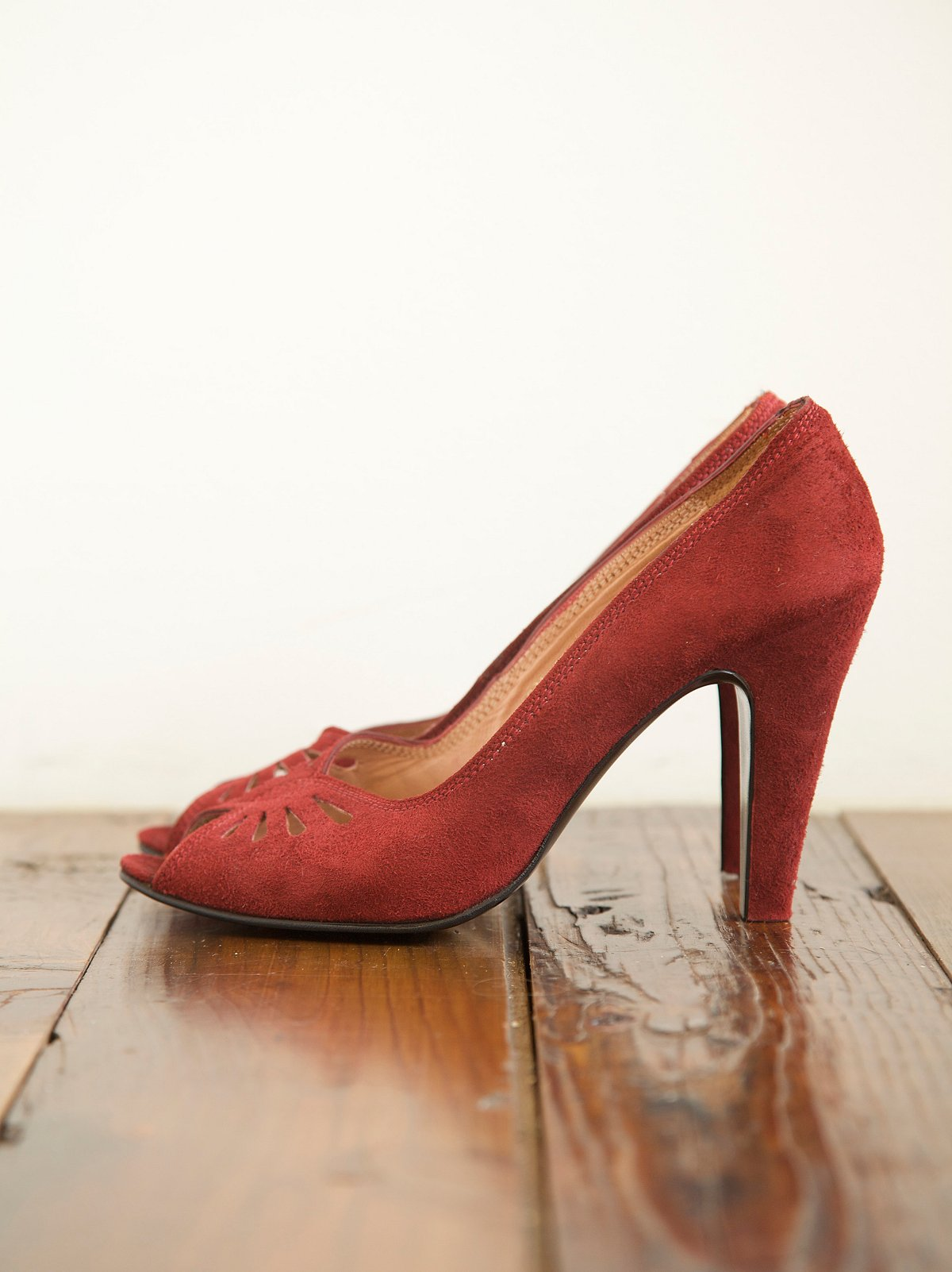 Vintage Suede Pumps