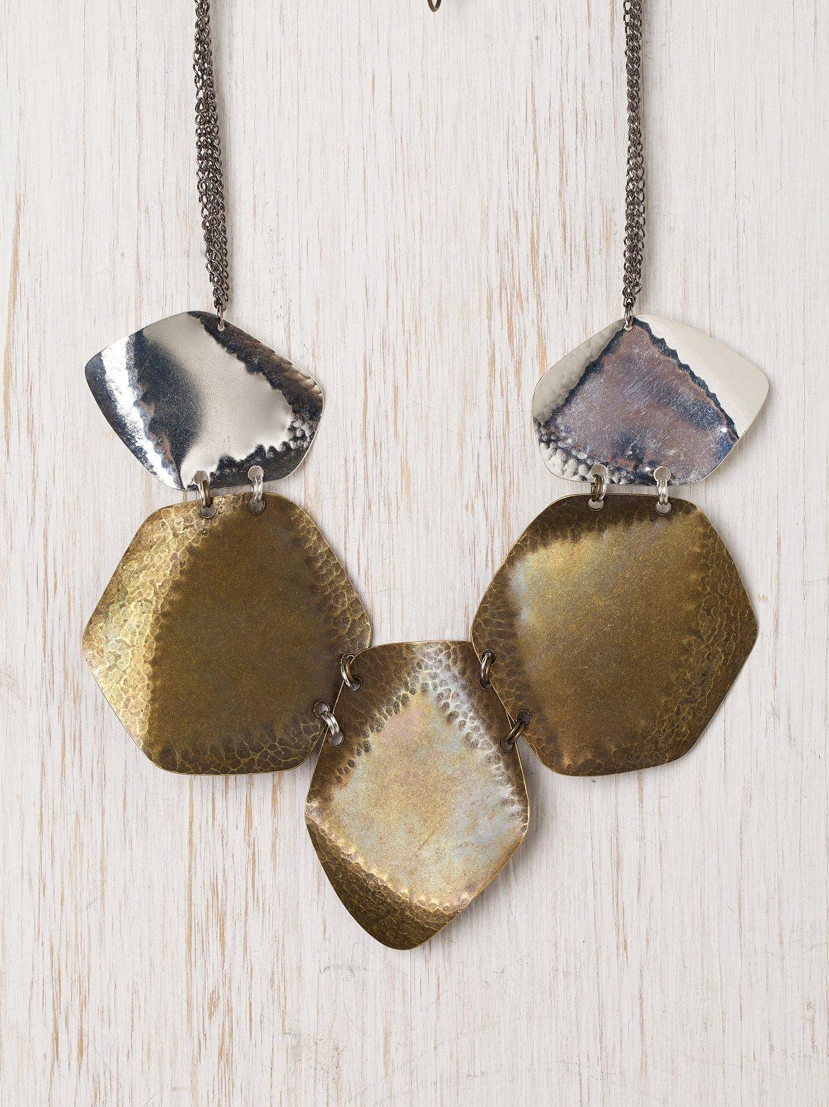 Pebbled Discs Necklace