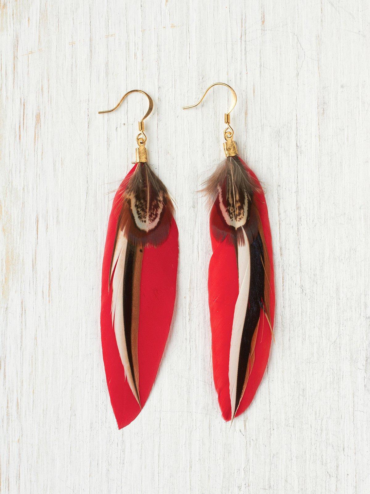 Loria Feather Earring