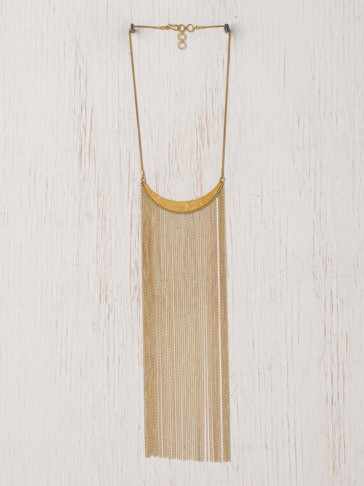 Crest Fringe Necklace