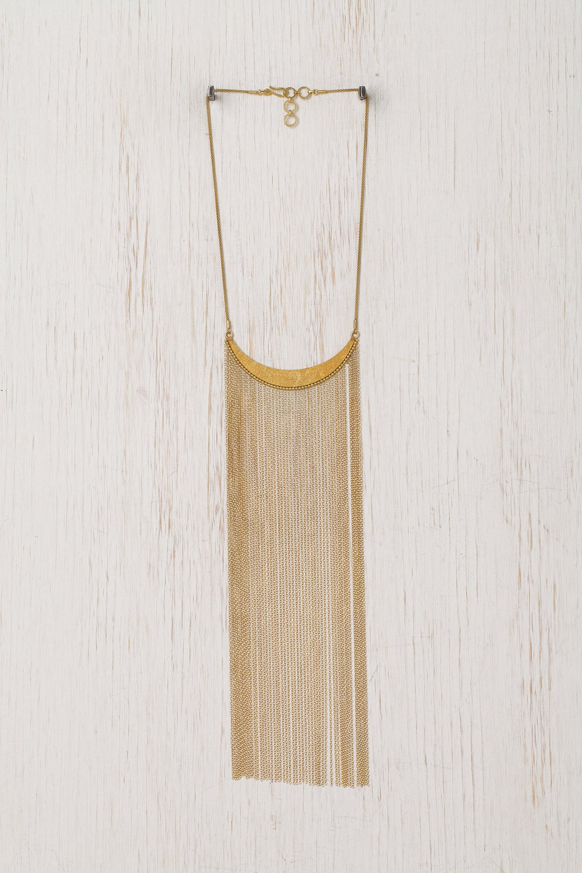 Crest Fringe Necklace