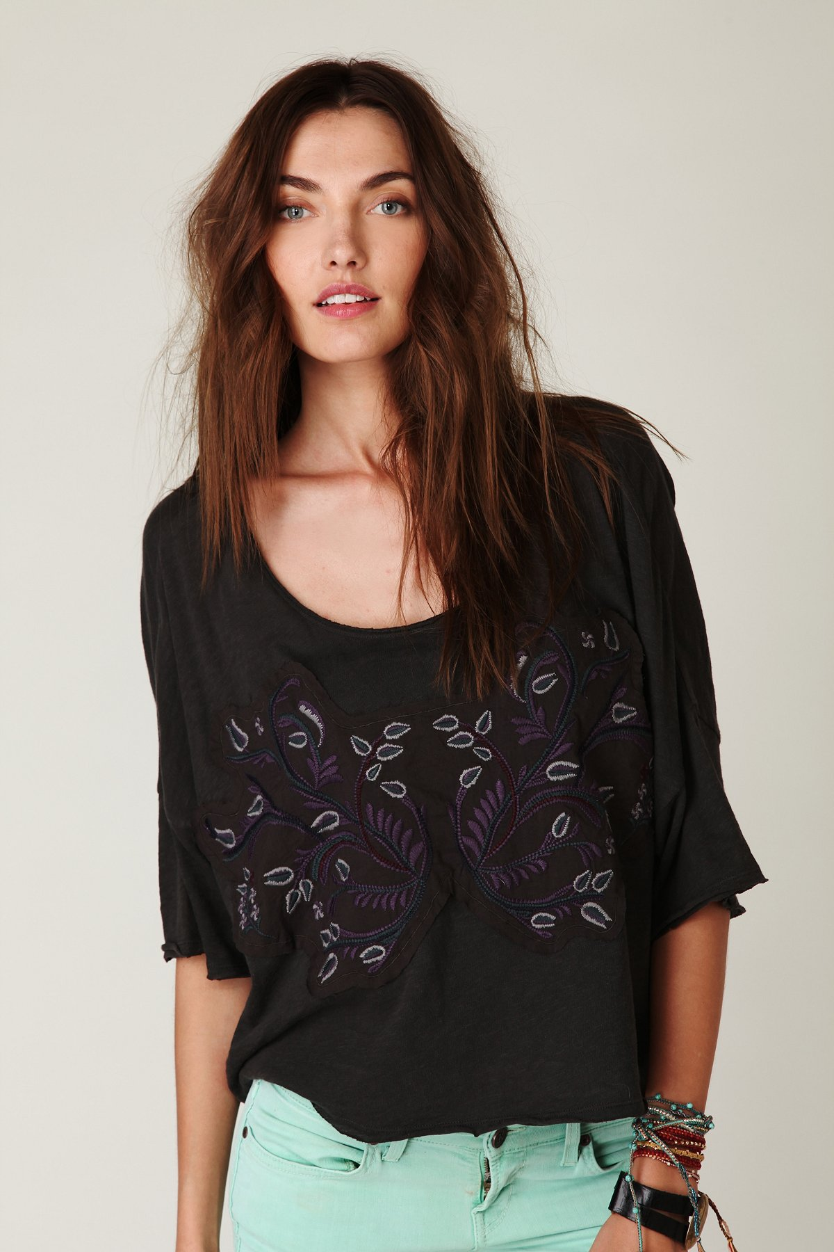Embroidered Boxy Pullover Tee
