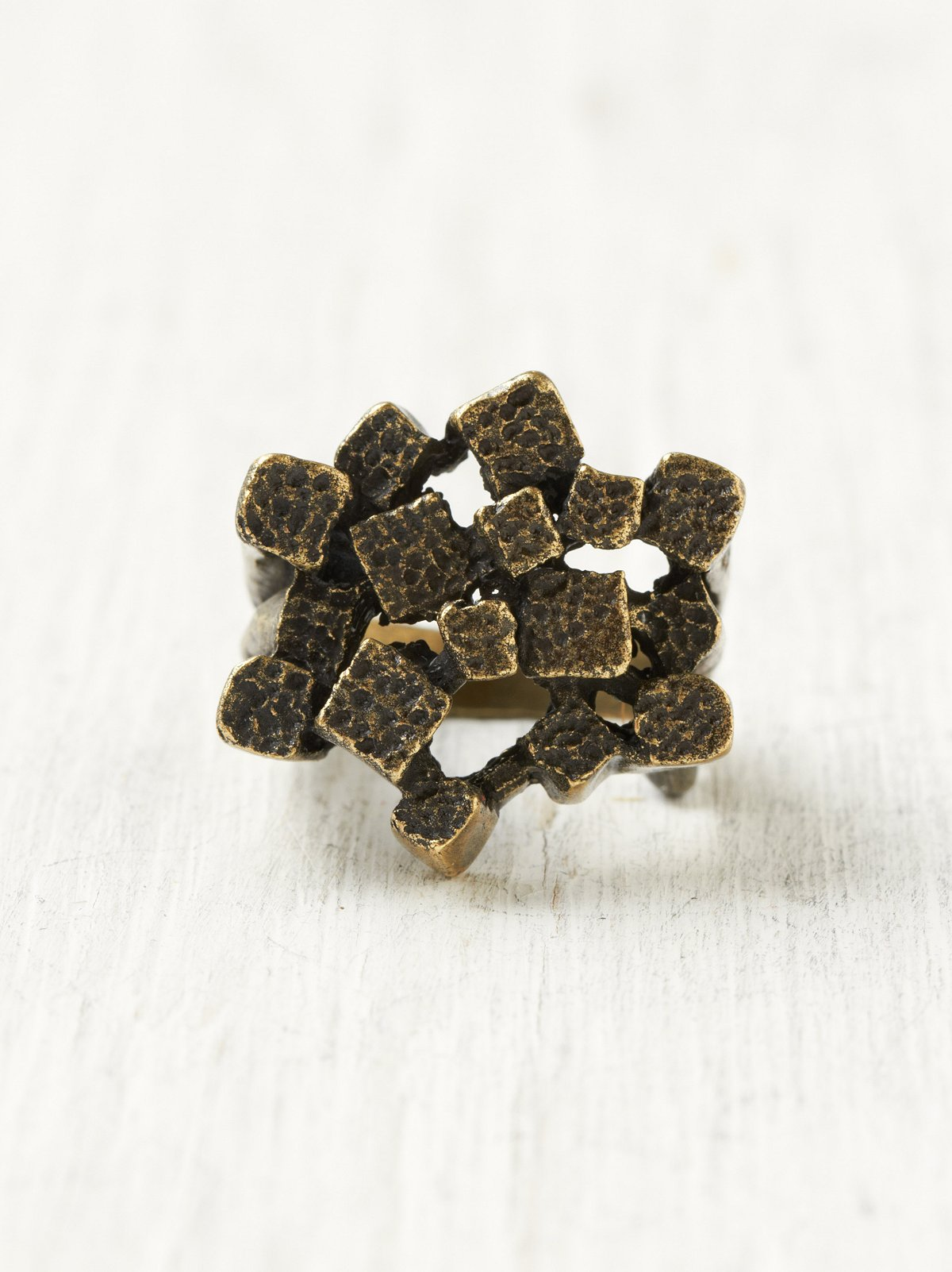 Meli Chunky Texture Ring