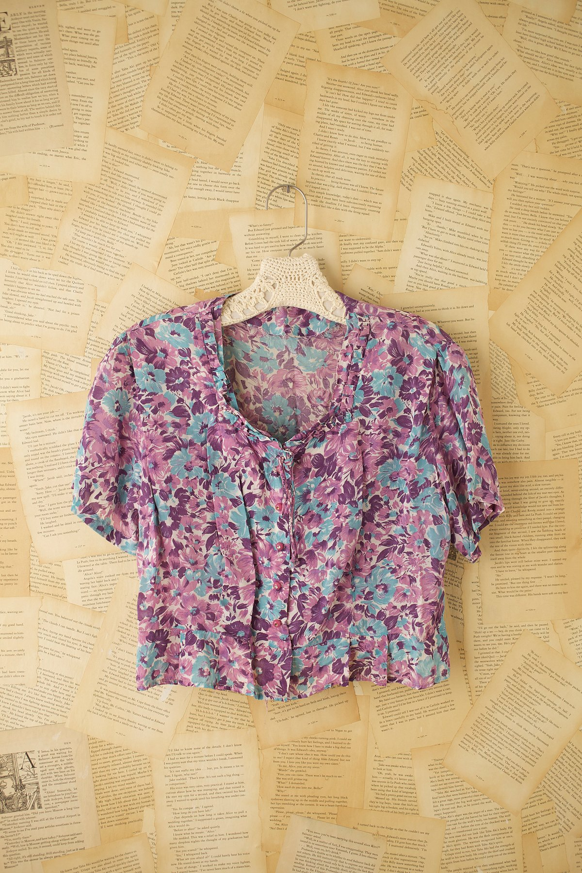 Vintage Short Sleeve Floral Print Top