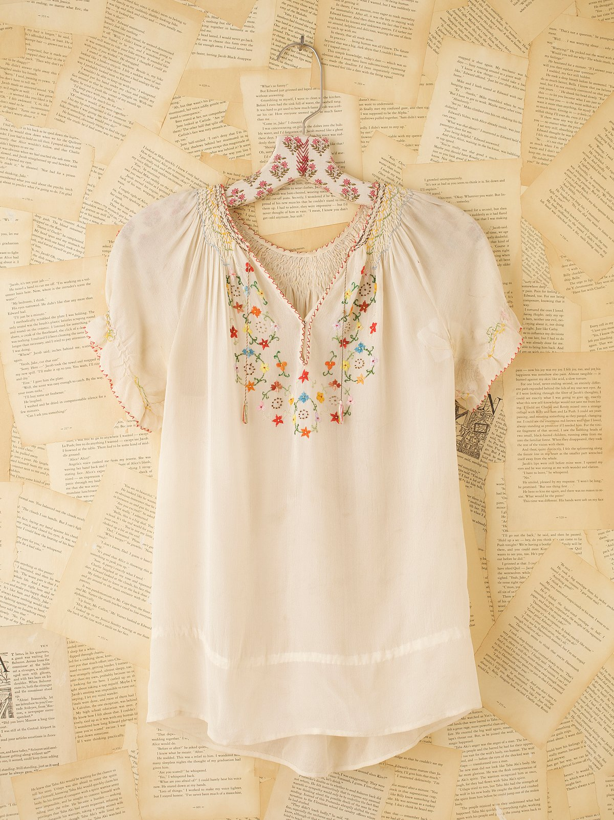 Vintage Emboridered Peasant Top