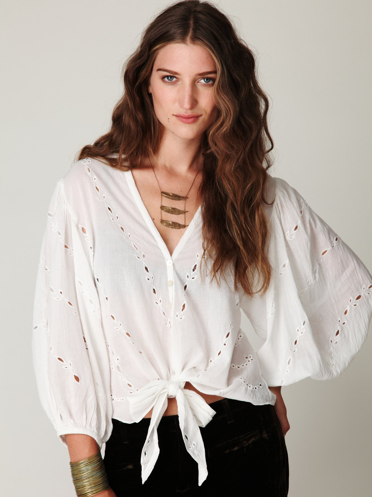 Focus on Center Blouse