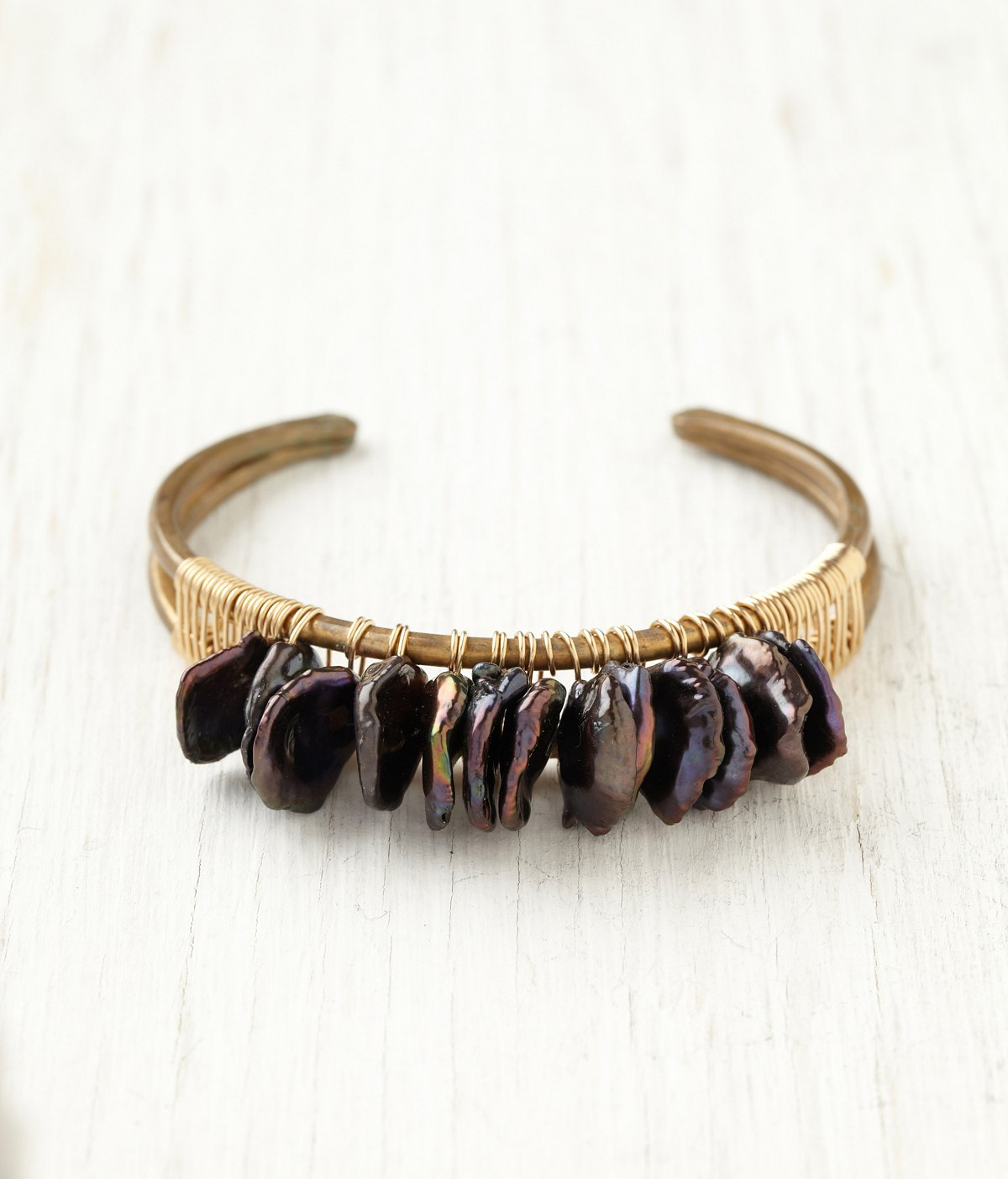 Black Pearl Chip Cuff
