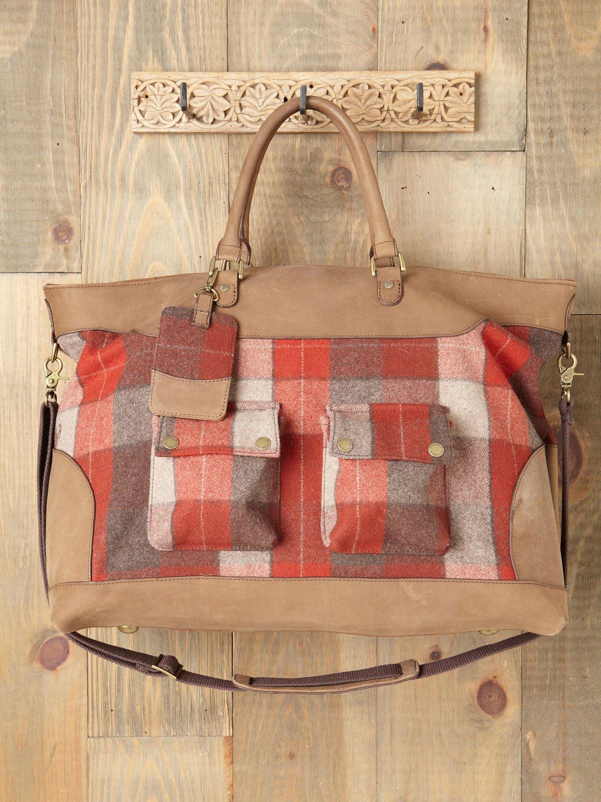 Astoria Luggage Bag